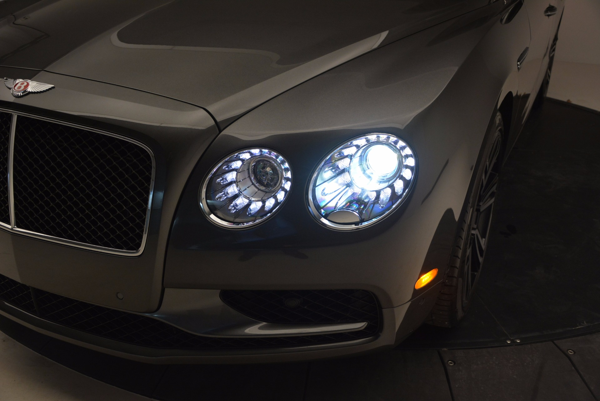 Used 2017 Bentley Flying Spur V8 S For Sale In Greenwich, CT 875_p17