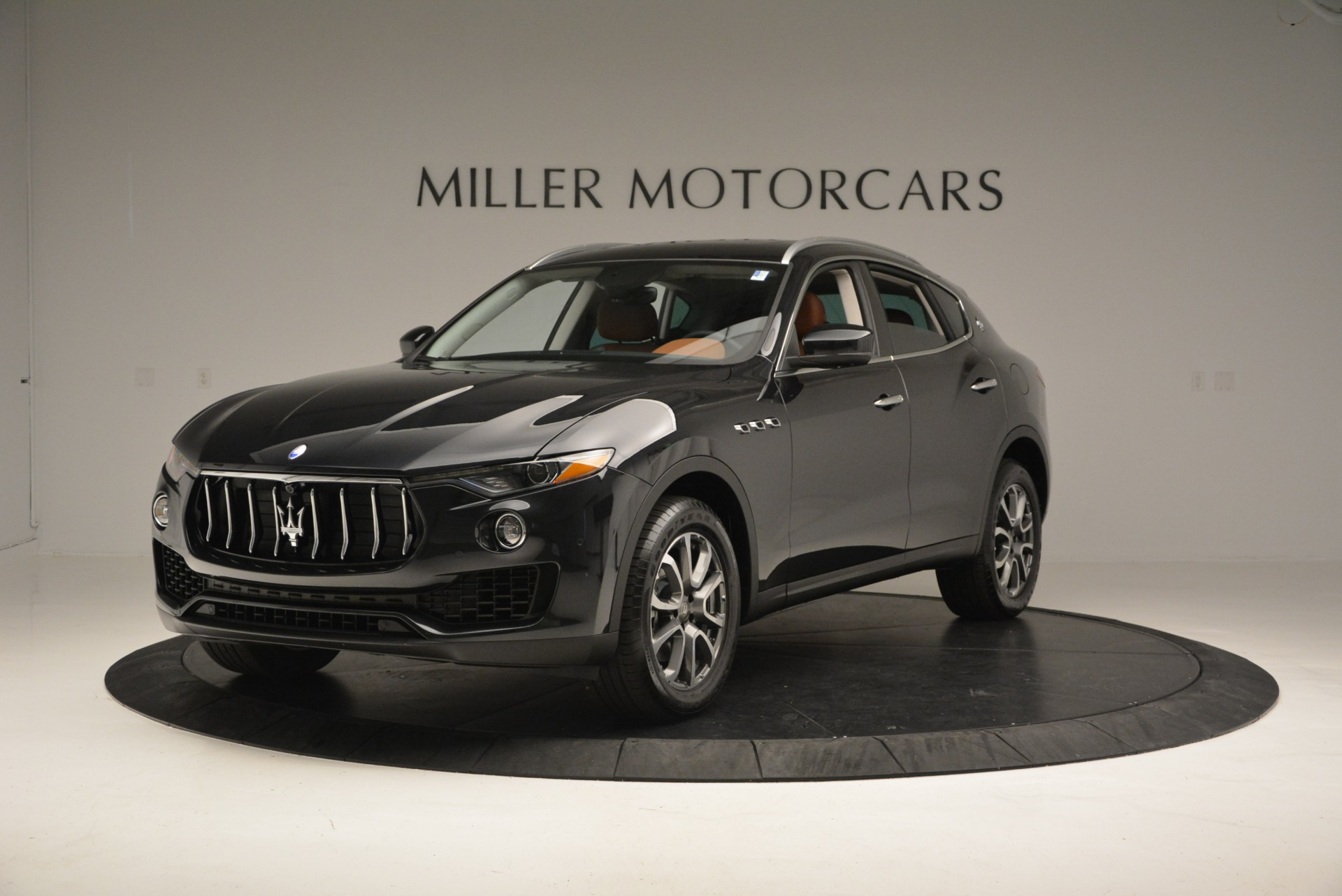 New 2017 Maserati Levante  For Sale In Greenwich, CT 876_main