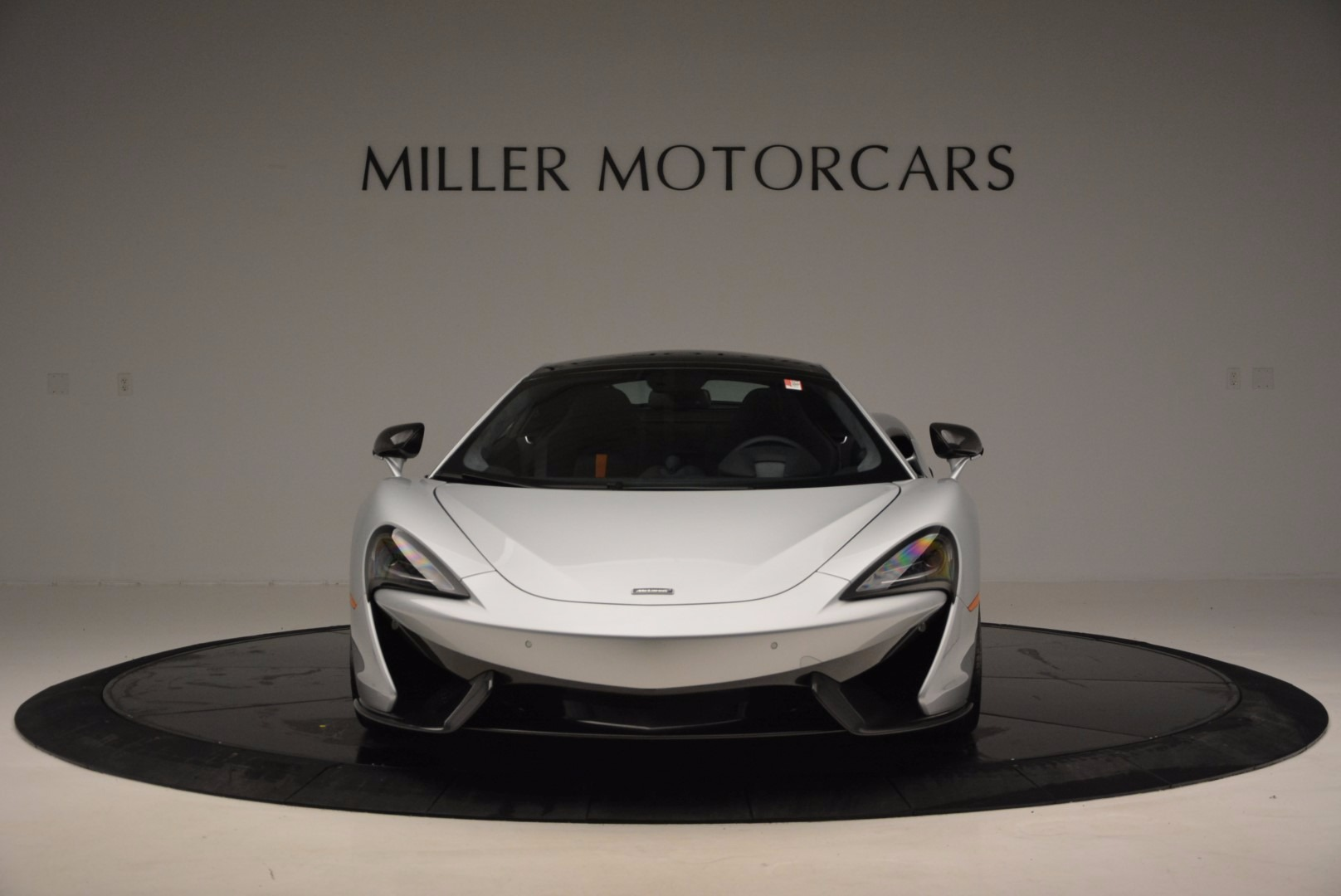 New 2017 McLaren 570GT  For Sale In Greenwich, CT 882_p12