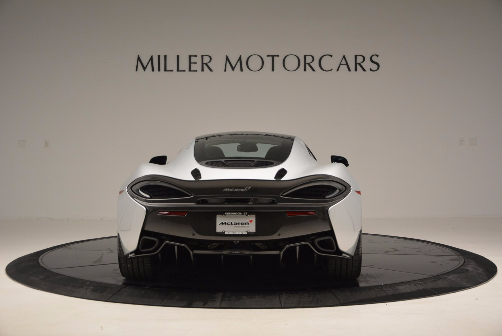New 2017 McLaren 570GT  For Sale In Greenwich, CT 882_p6
