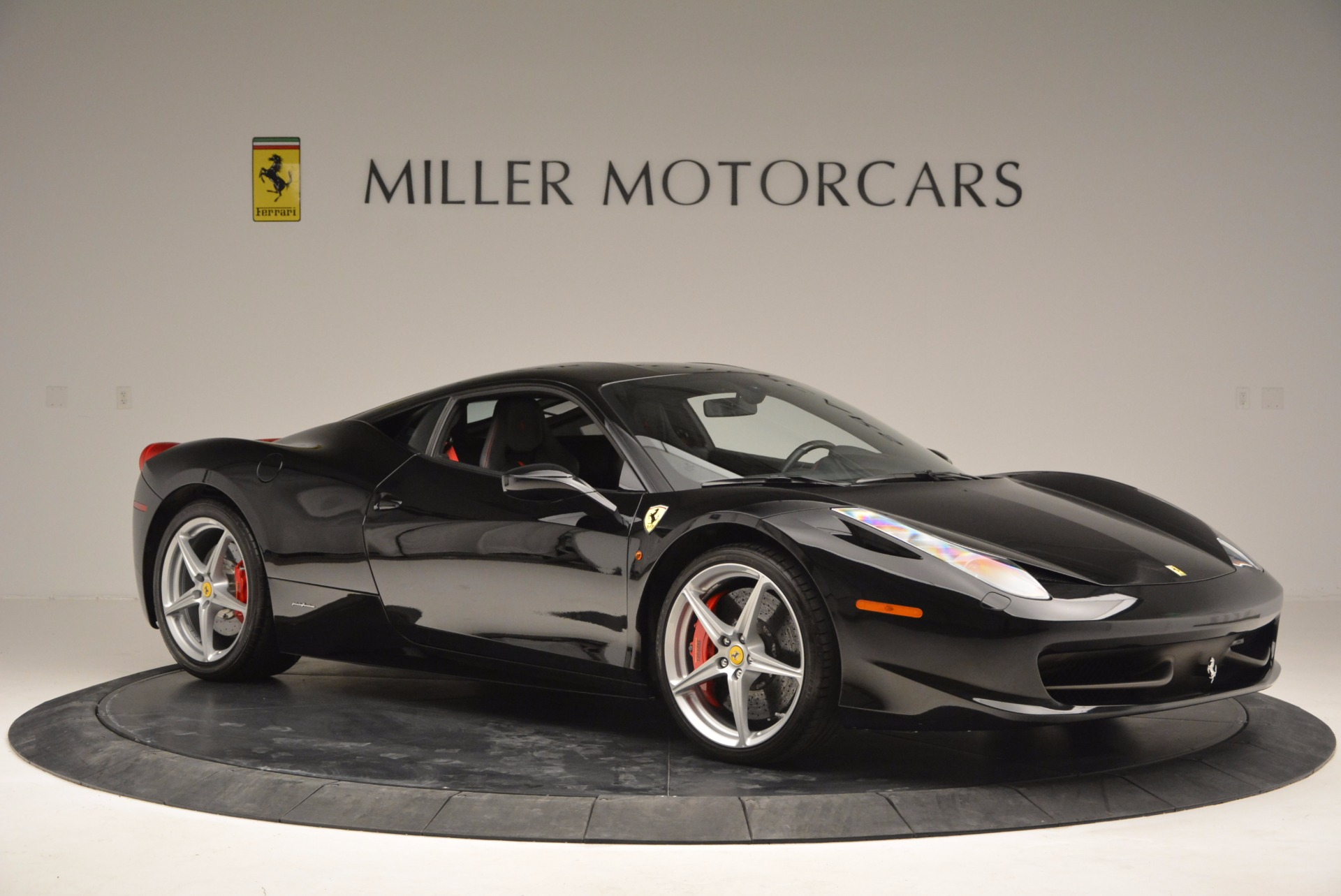 Used 2013 Ferrari 458 Italia  For Sale In Greenwich, CT 889_p10