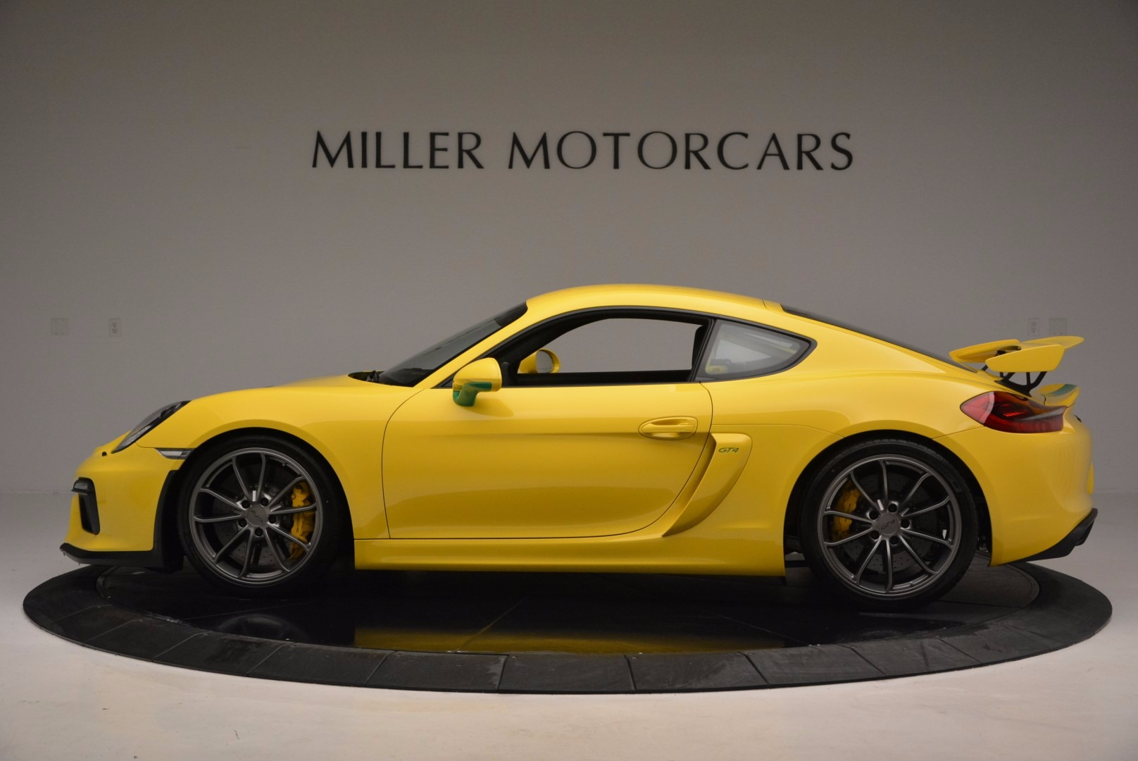 Used 2016 Porsche Cayman GT4 For Sale In Greenwich, CT 897_p3