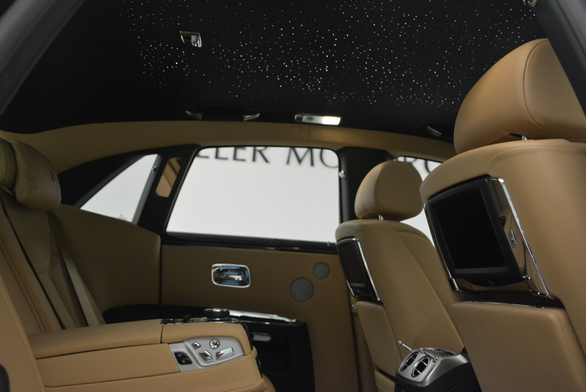 Used 2016 Rolls-Royce Ghost  For Sale In Greenwich, CT 898_p40