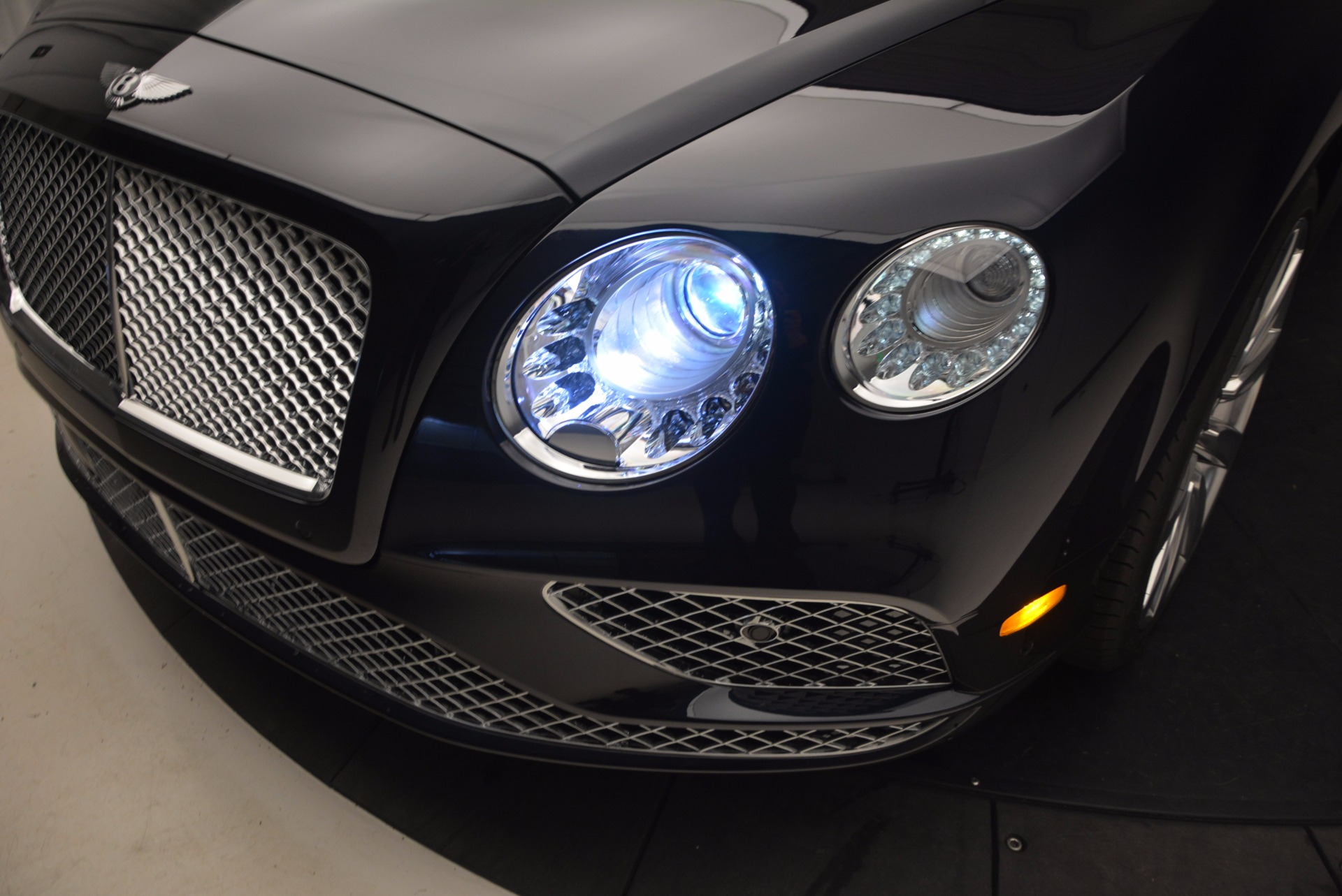 New 2017 Bentley Continental GT W12 For Sale In Greenwich, CT 904_p17