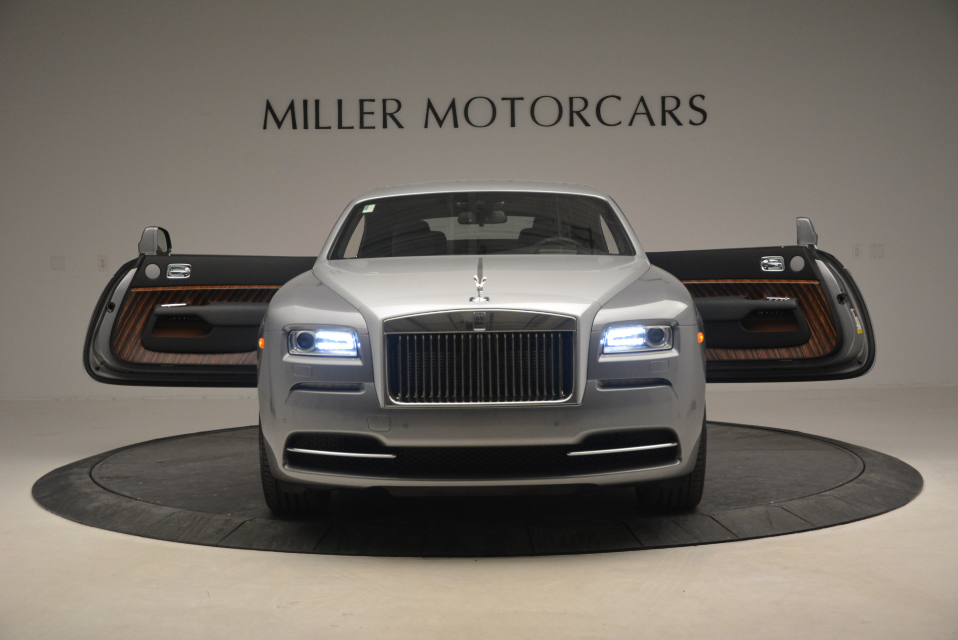 Used 2015 Rolls-Royce Wraith  For Sale In Greenwich, CT 906_p15