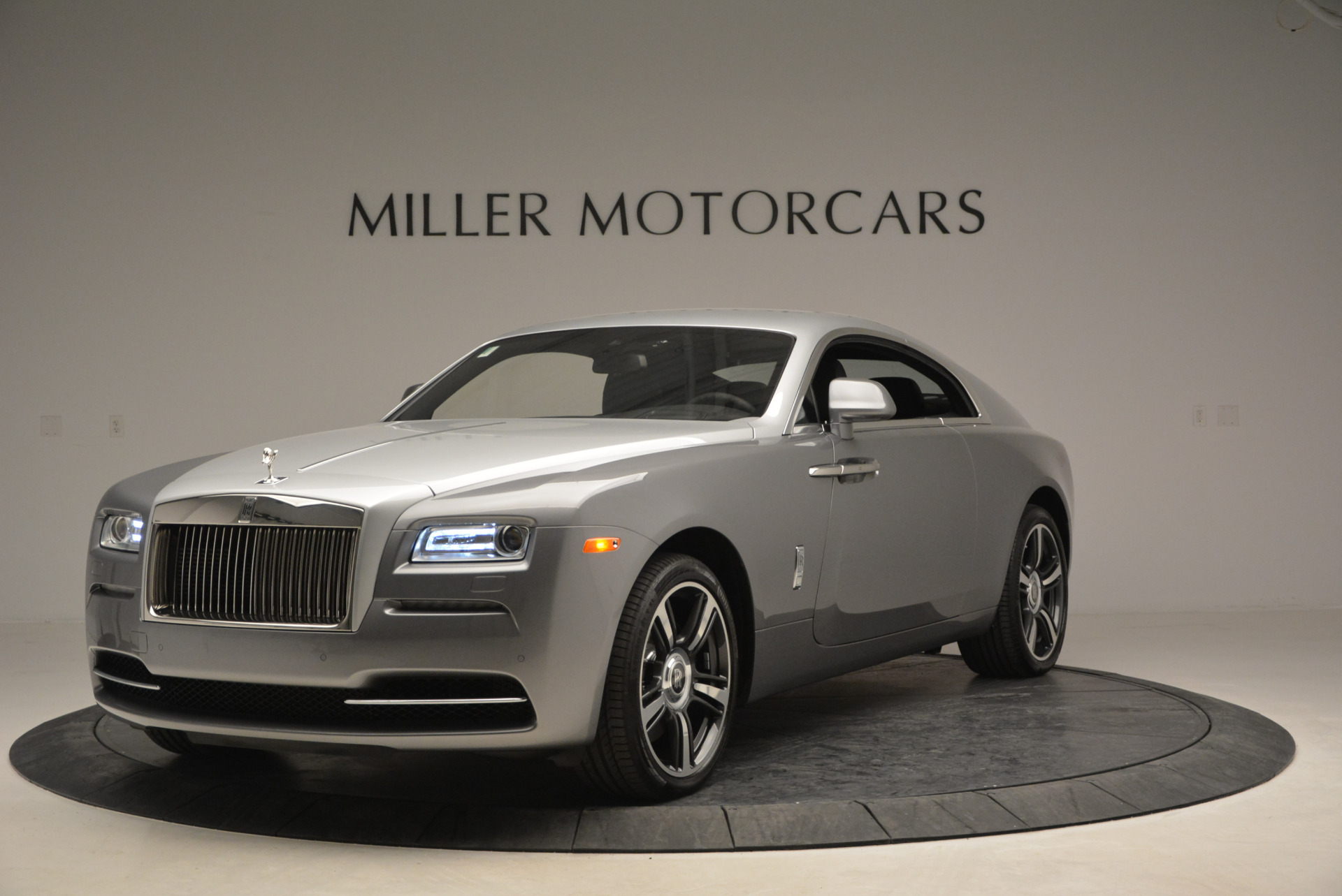 Used 2015 Rolls-Royce Wraith  For Sale In Greenwich, CT 906_p3