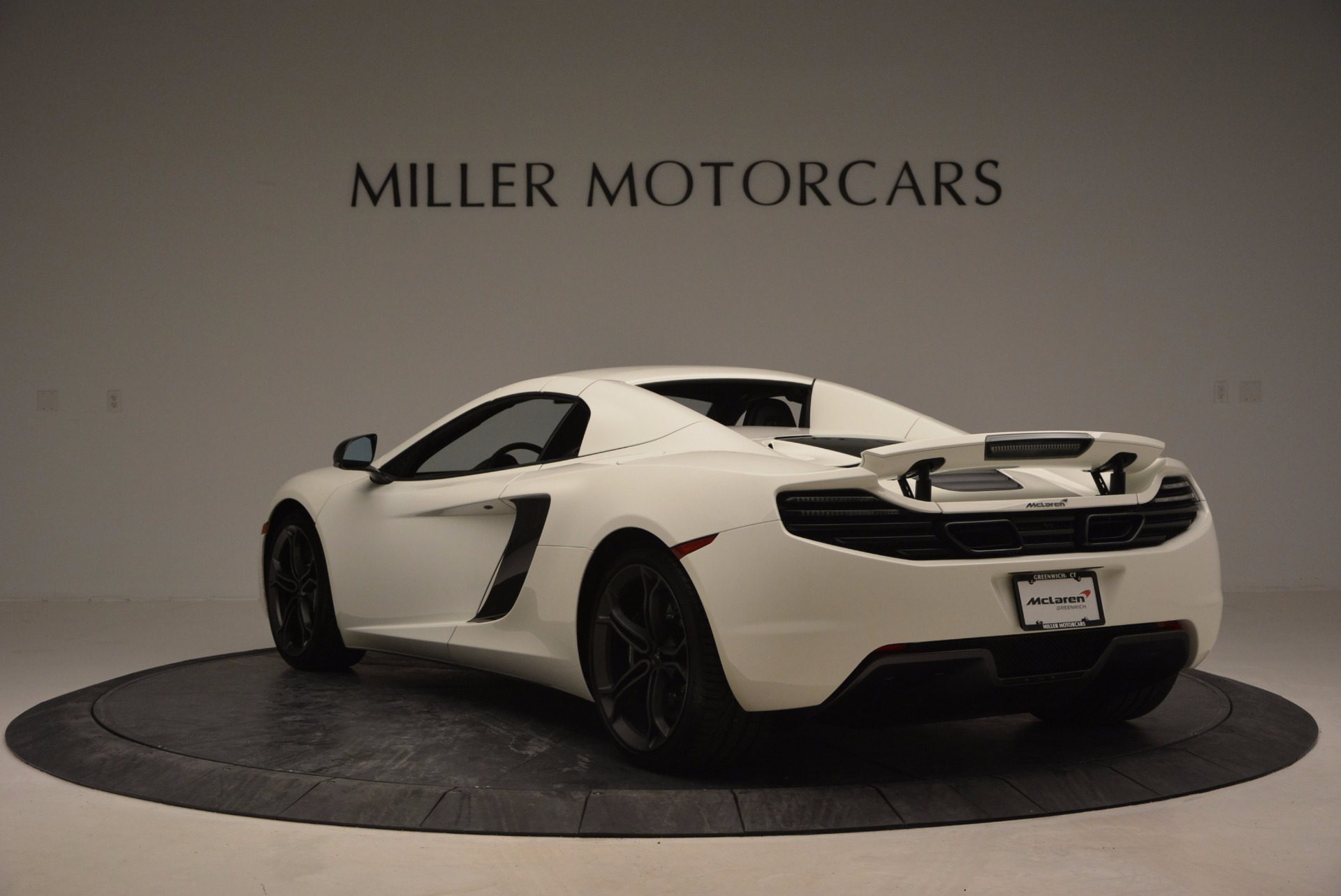 Used 2014 McLaren MP4-12C Spider For Sale In Greenwich, CT 908_p16