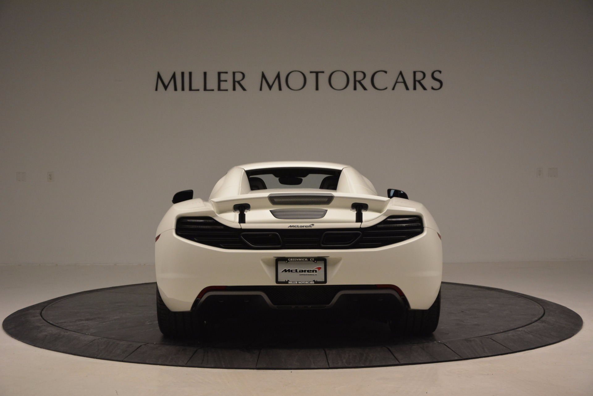 Used 2014 McLaren MP4-12C Spider For Sale In Greenwich, CT 908_p17