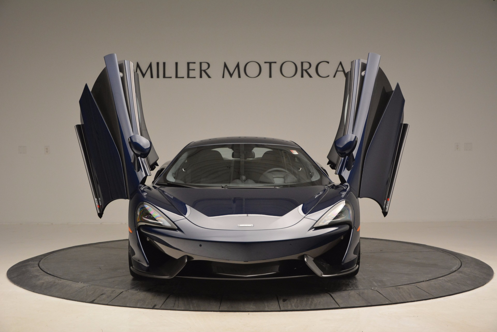Used 2017 McLaren 570S  For Sale In Greenwich, CT 909_p13