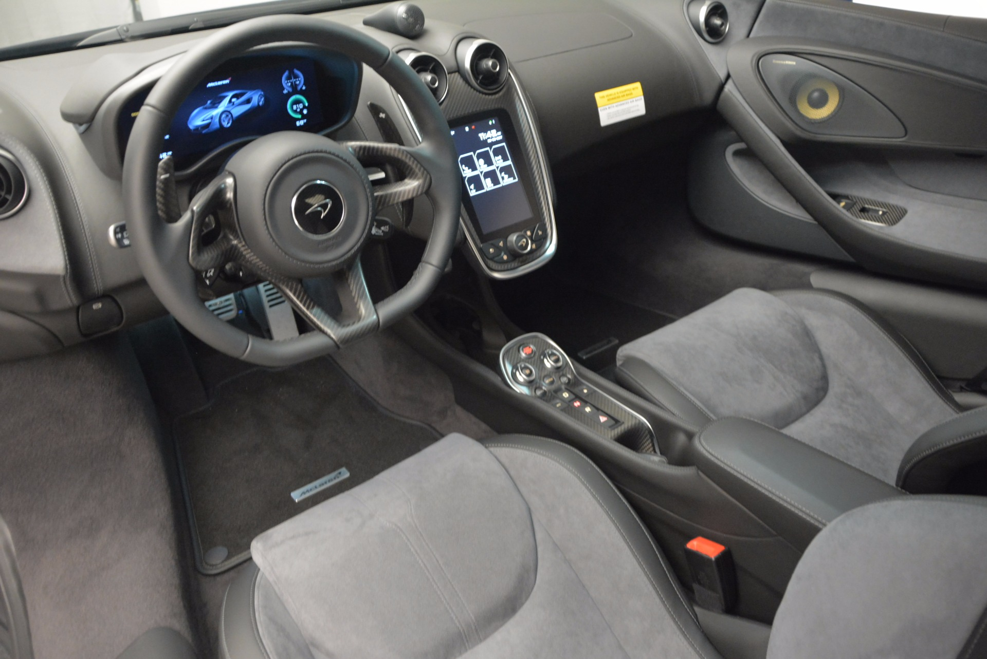 Used 2017 McLaren 570S  For Sale In Greenwich, CT 909_p16