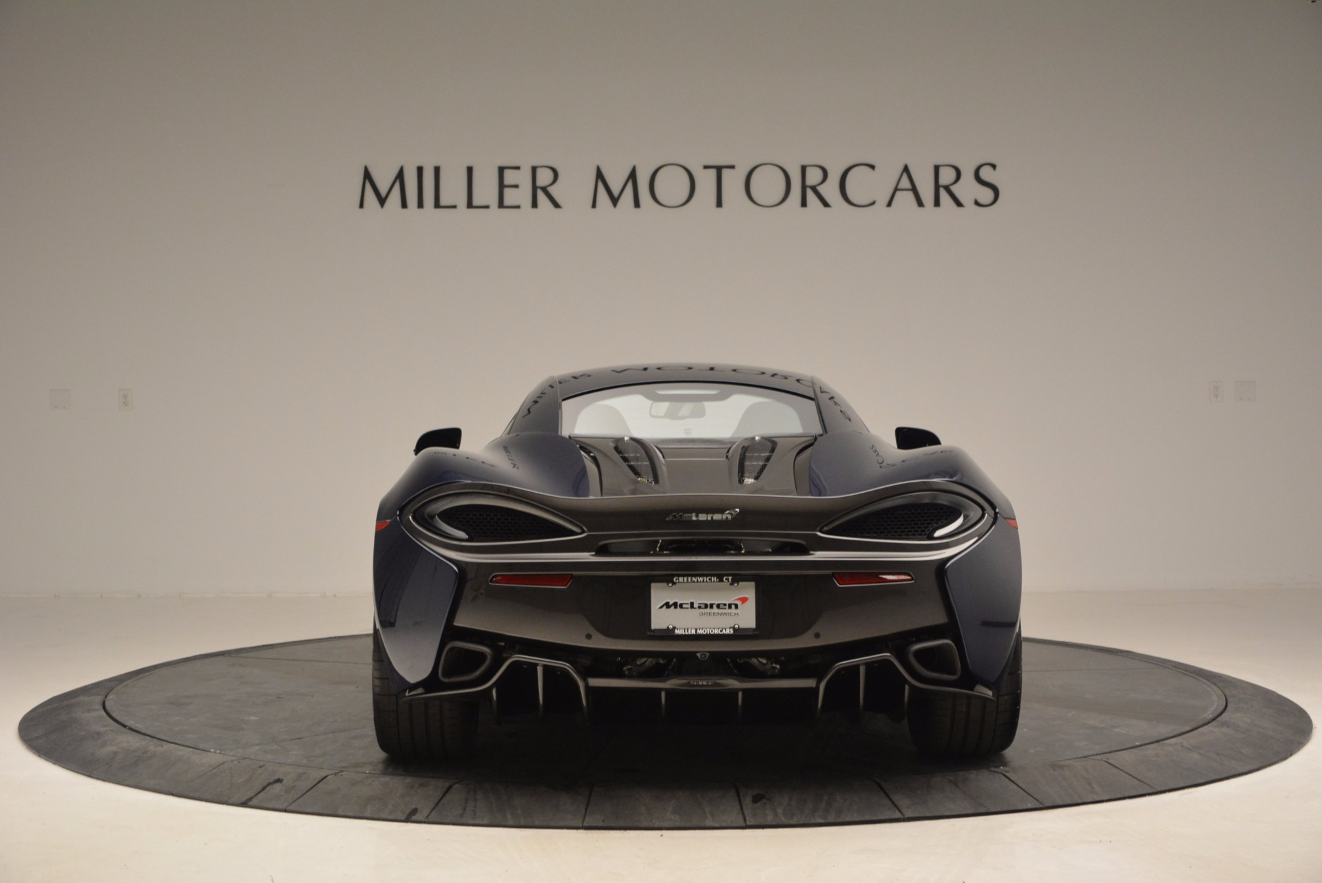 Used 2017 McLaren 570S  For Sale In Greenwich, CT 909_p6