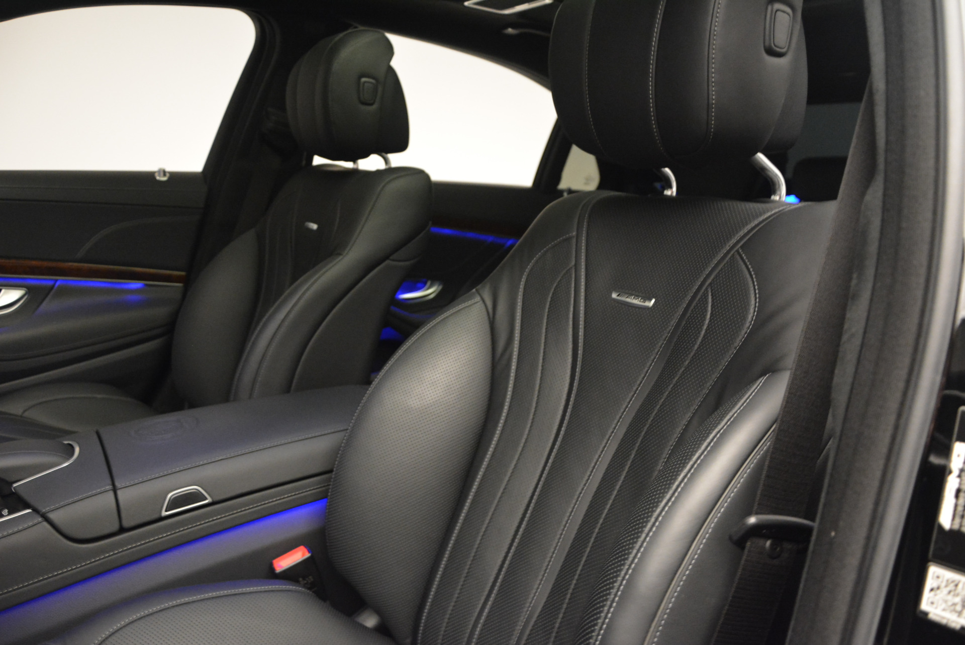 Used 2014 Mercedes Benz S-Class S 63 AMG For Sale In Greenwich, CT 912_p19