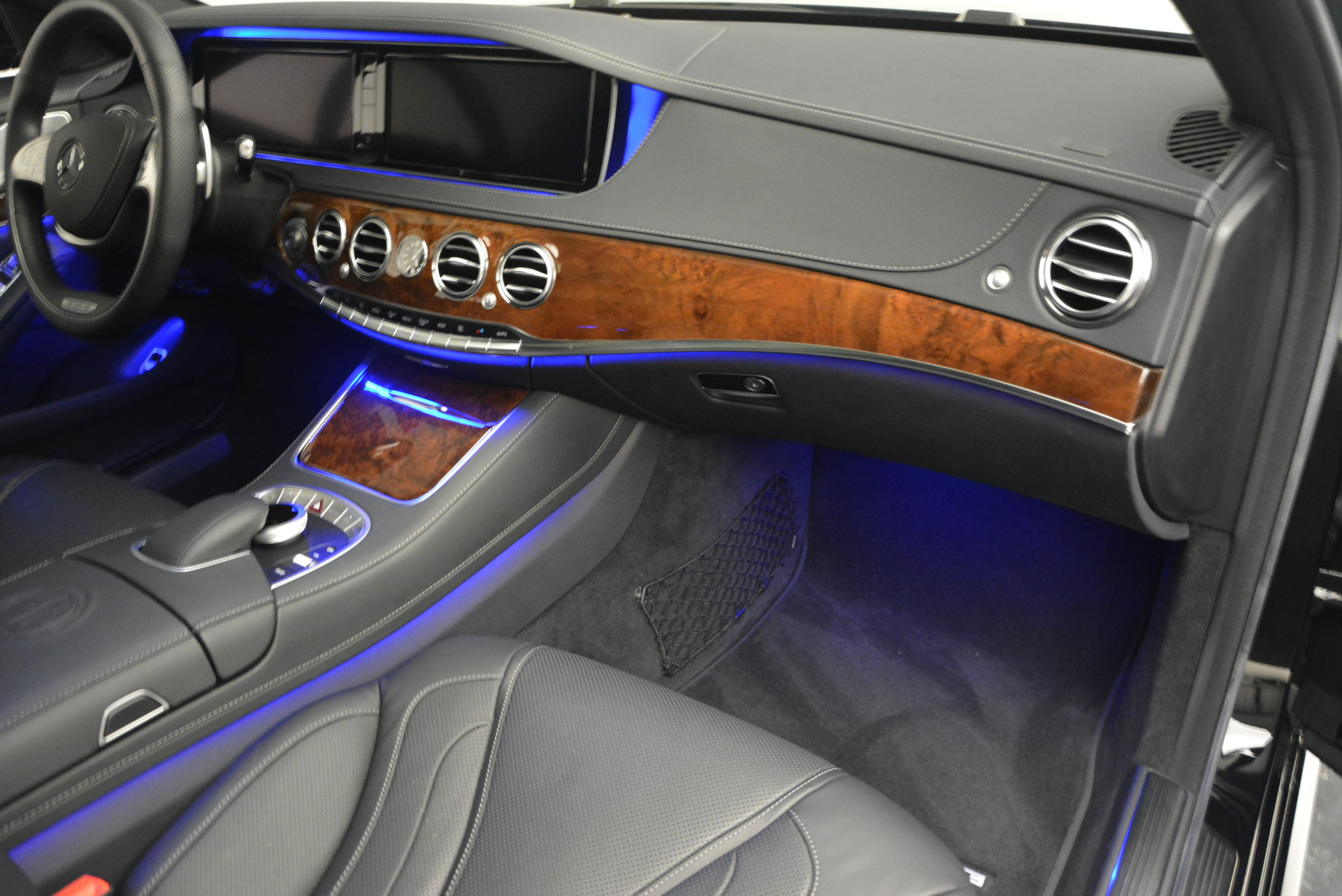 Used 2014 Mercedes Benz S-Class S 63 AMG For Sale In Greenwich, CT 912_p23