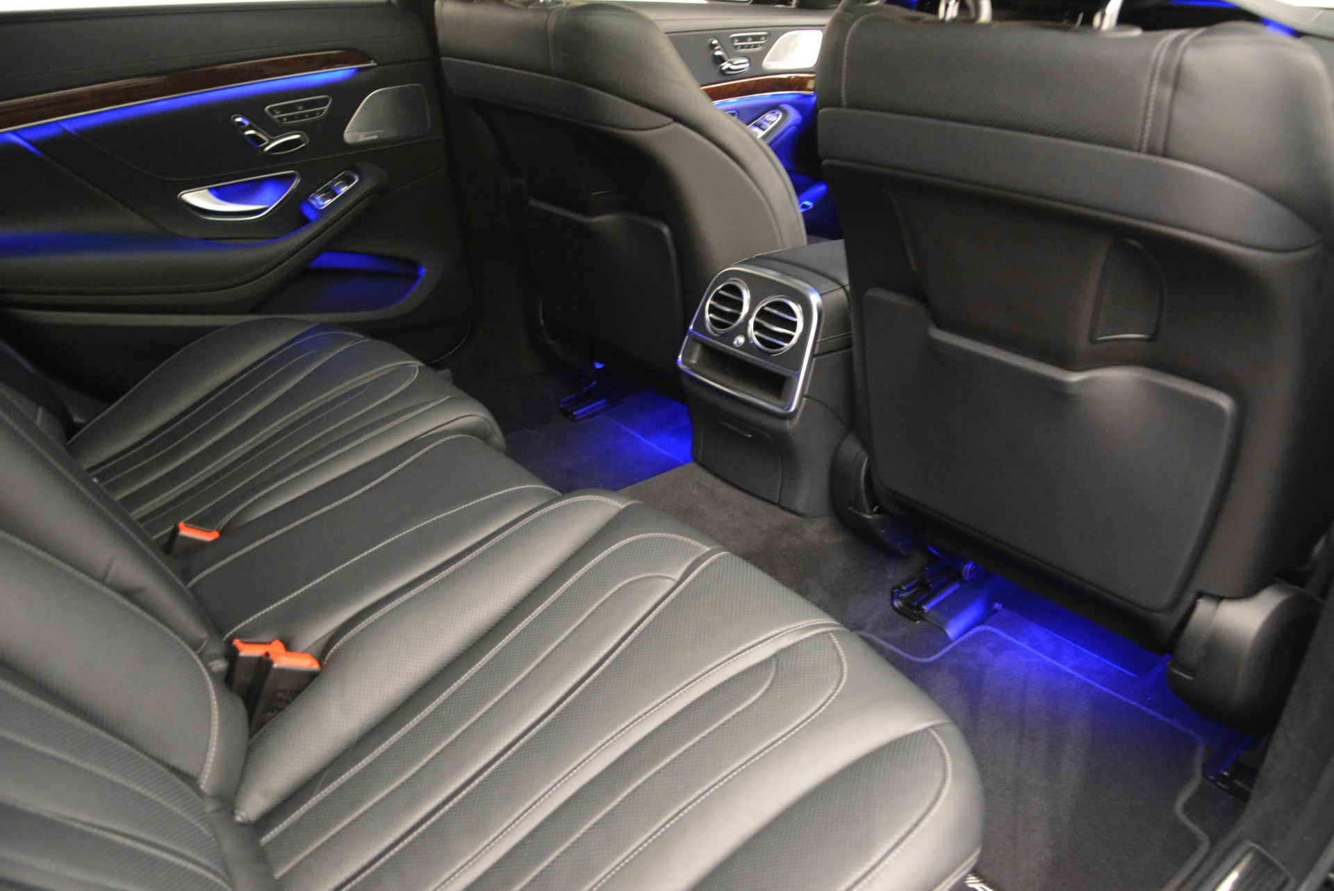 Used 2014 Mercedes Benz S-Class S 63 AMG For Sale In Greenwich, CT 912_p26