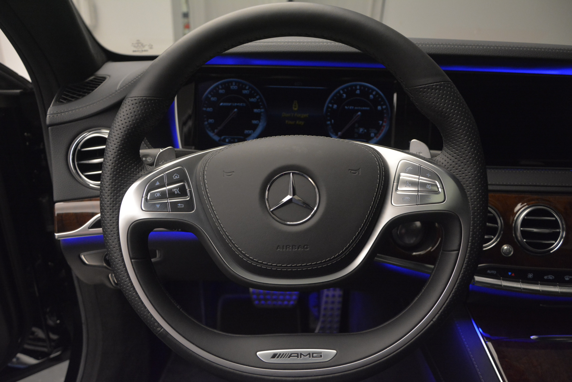 Used 2014 Mercedes Benz S-Class S 63 AMG For Sale In Greenwich, CT 912_p35