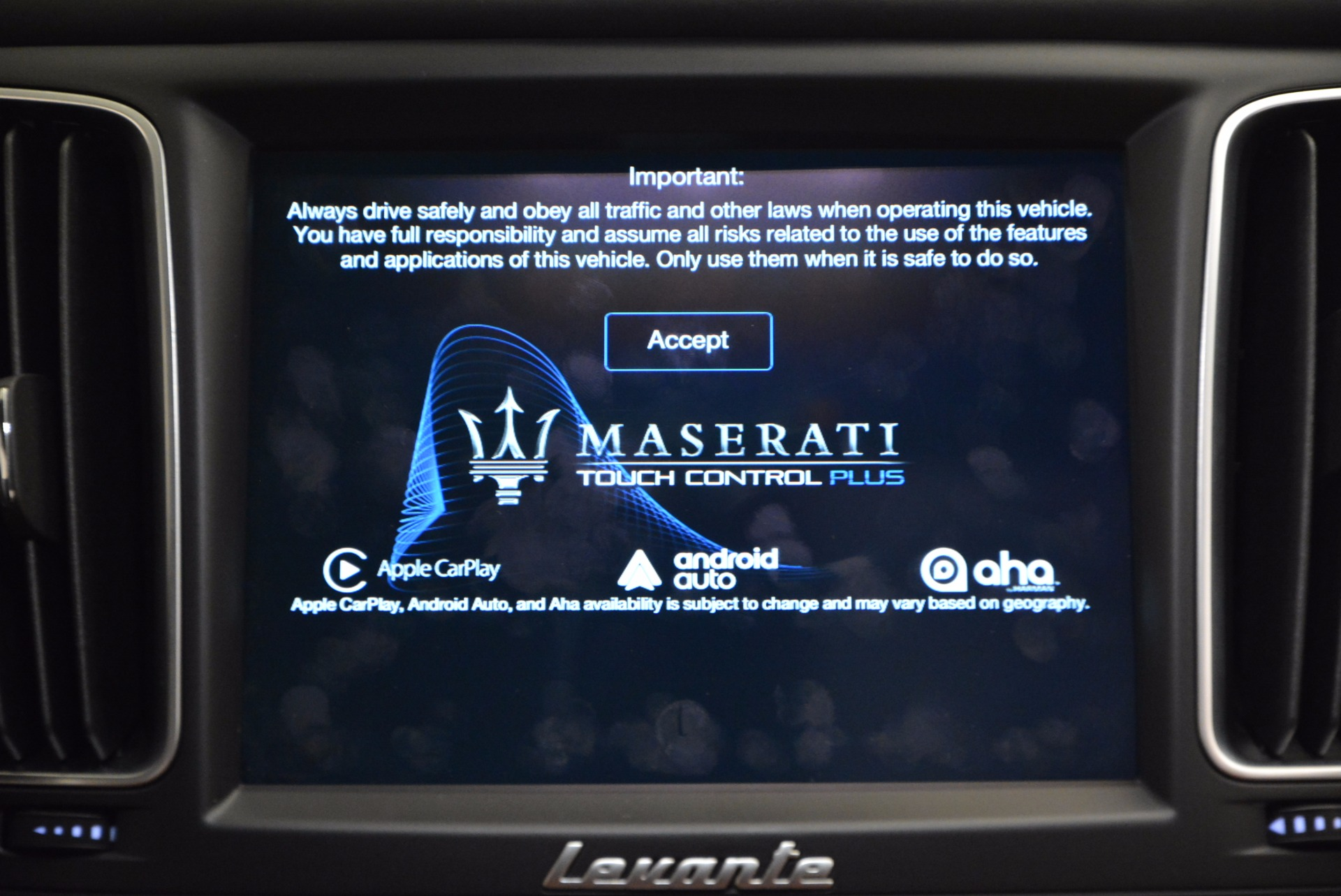 New 2017 Maserati Levante  For Sale In Greenwich, CT 915_p25