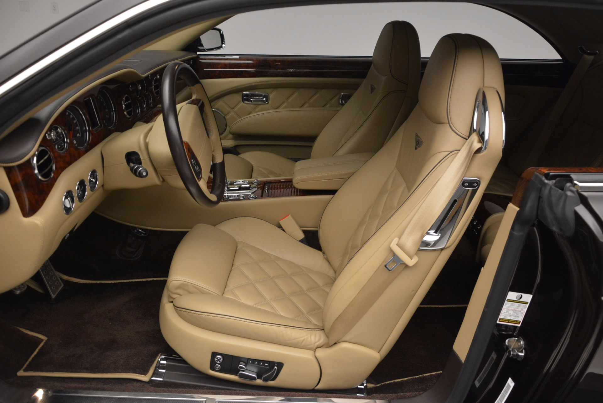 Used 2009 Bentley Brooklands  For Sale In Greenwich, CT 925_p22