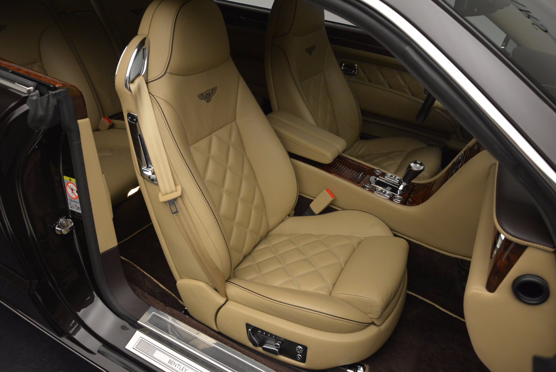 Used 2009 Bentley Brooklands  For Sale In Greenwich, CT 925_p32