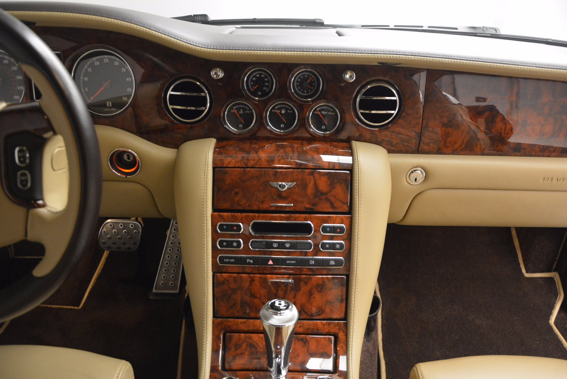 Used 2009 Bentley Brooklands  For Sale In Greenwich, CT 925_p39