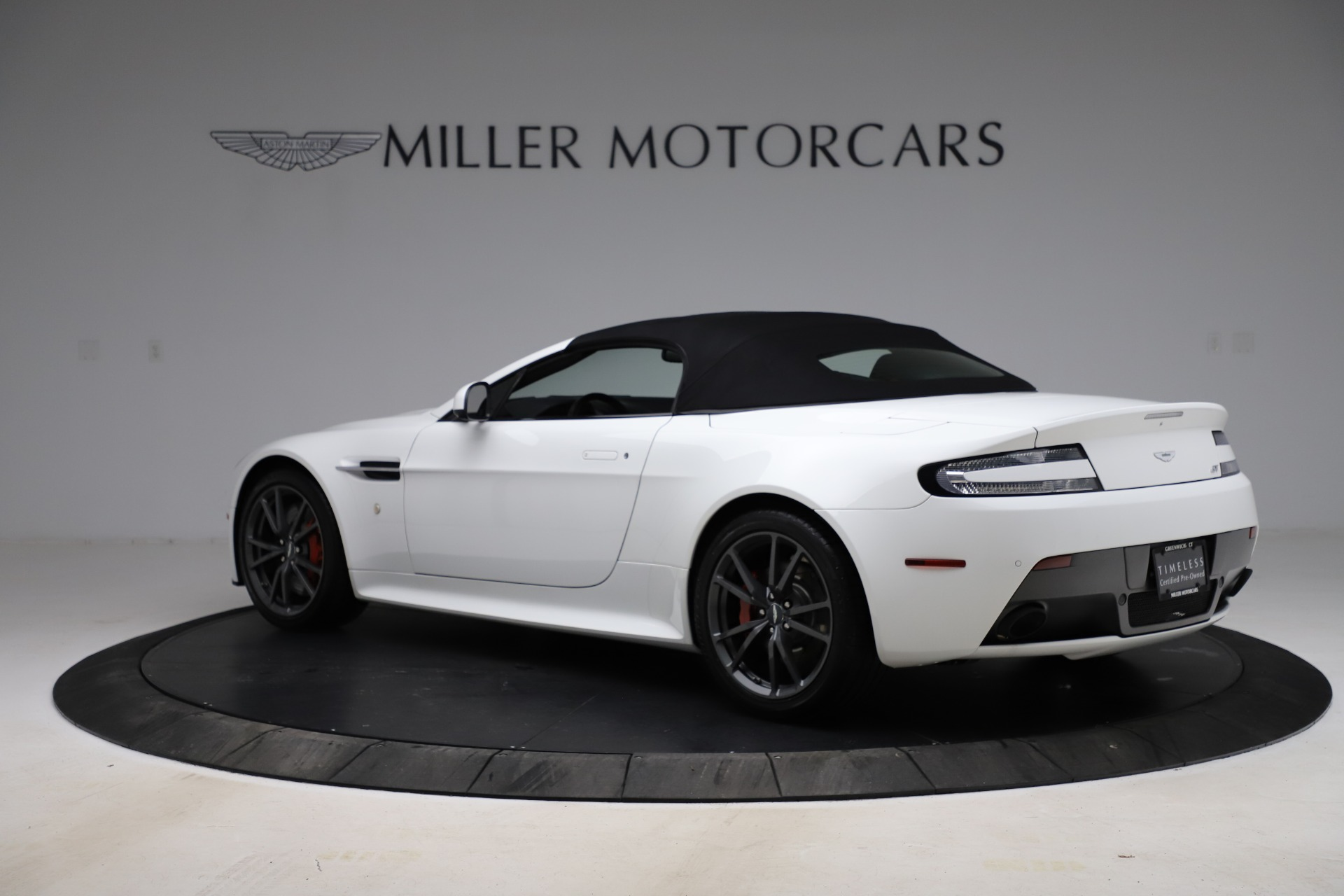 New 2015 Aston Martin Vantage GT GT Roadster For Sale In Greenwich, CT 93_p27
