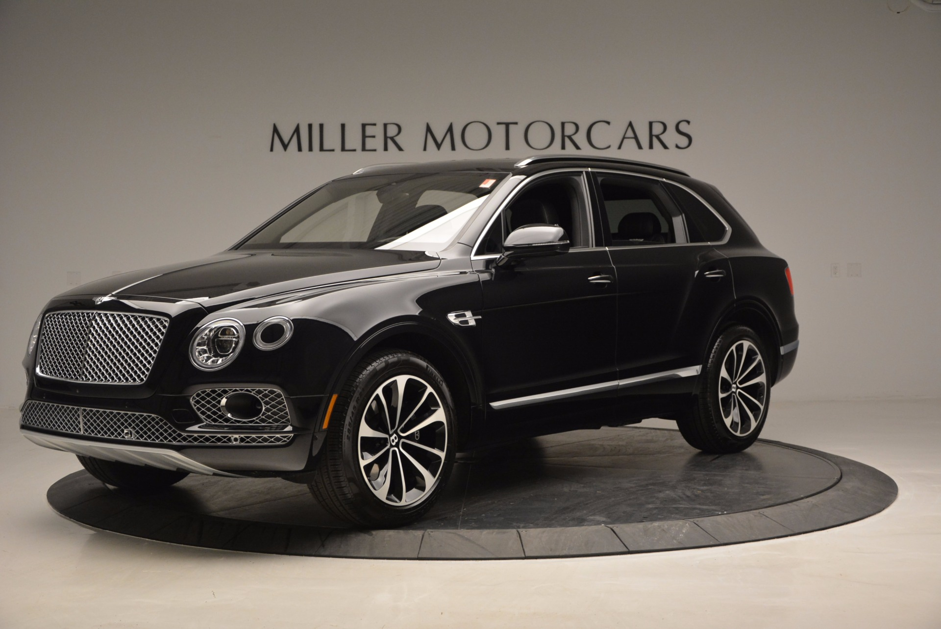 New 2017 Bentley Bentayga  For Sale In Greenwich, CT 941_p2
