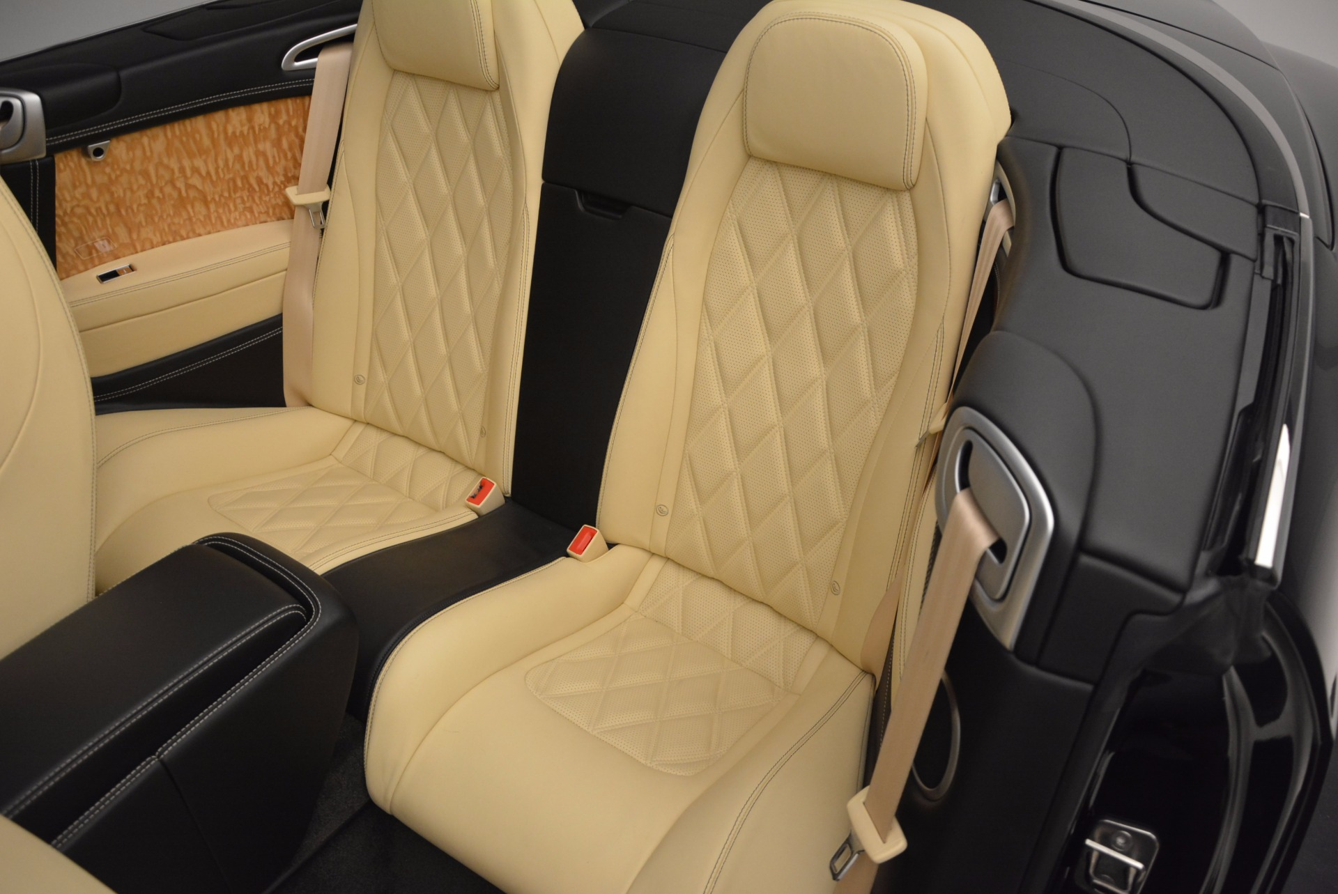 Used 2013 Bentley Continental GT V8 For Sale In Greenwich, CT 945_p38