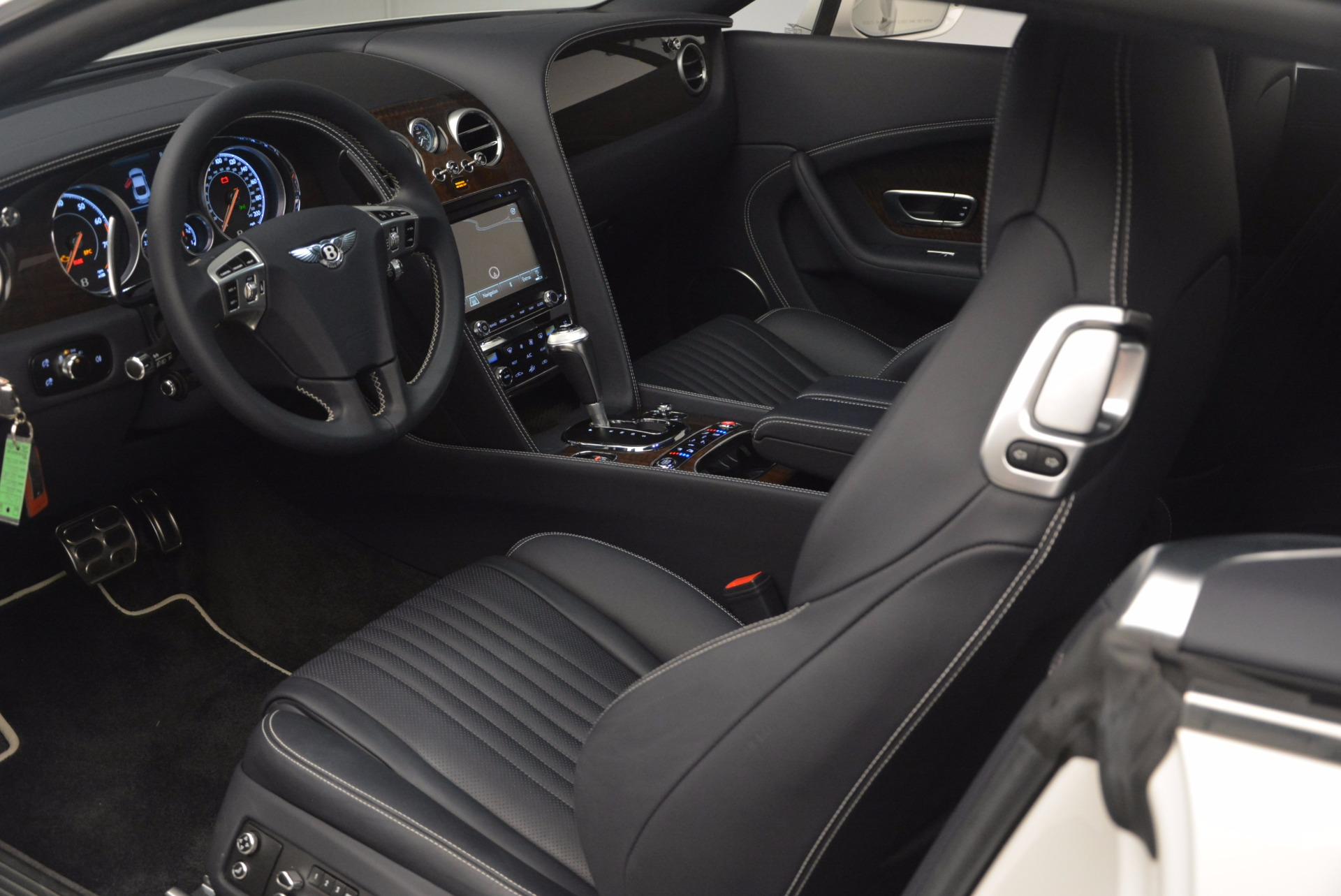 Used 2016 Bentley Continental GT V8 For Sale In Greenwich, CT 946_p21