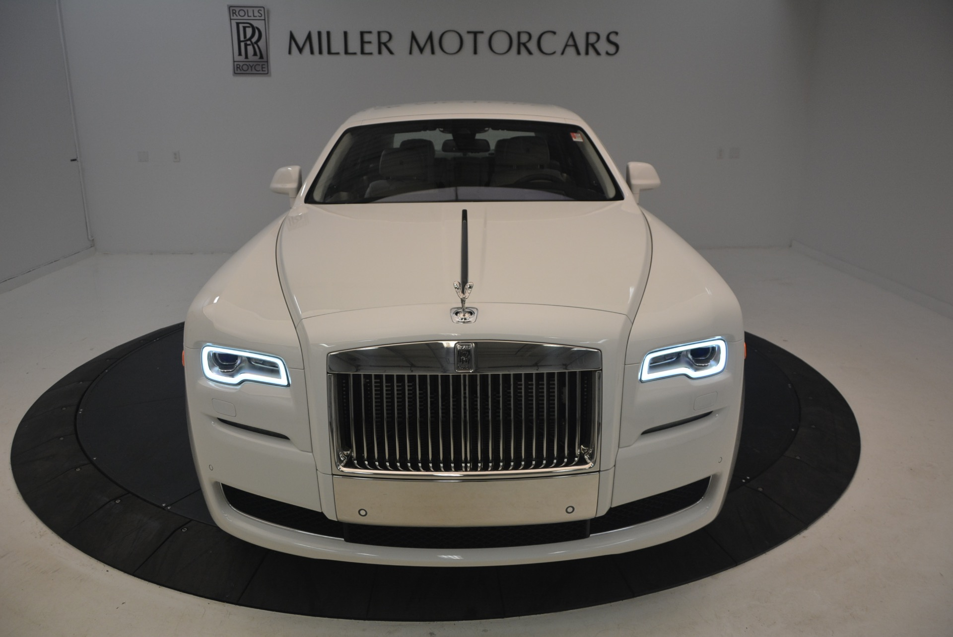 Used 2017 Rolls-Royce Ghost  For Sale In Greenwich, CT 971_p13