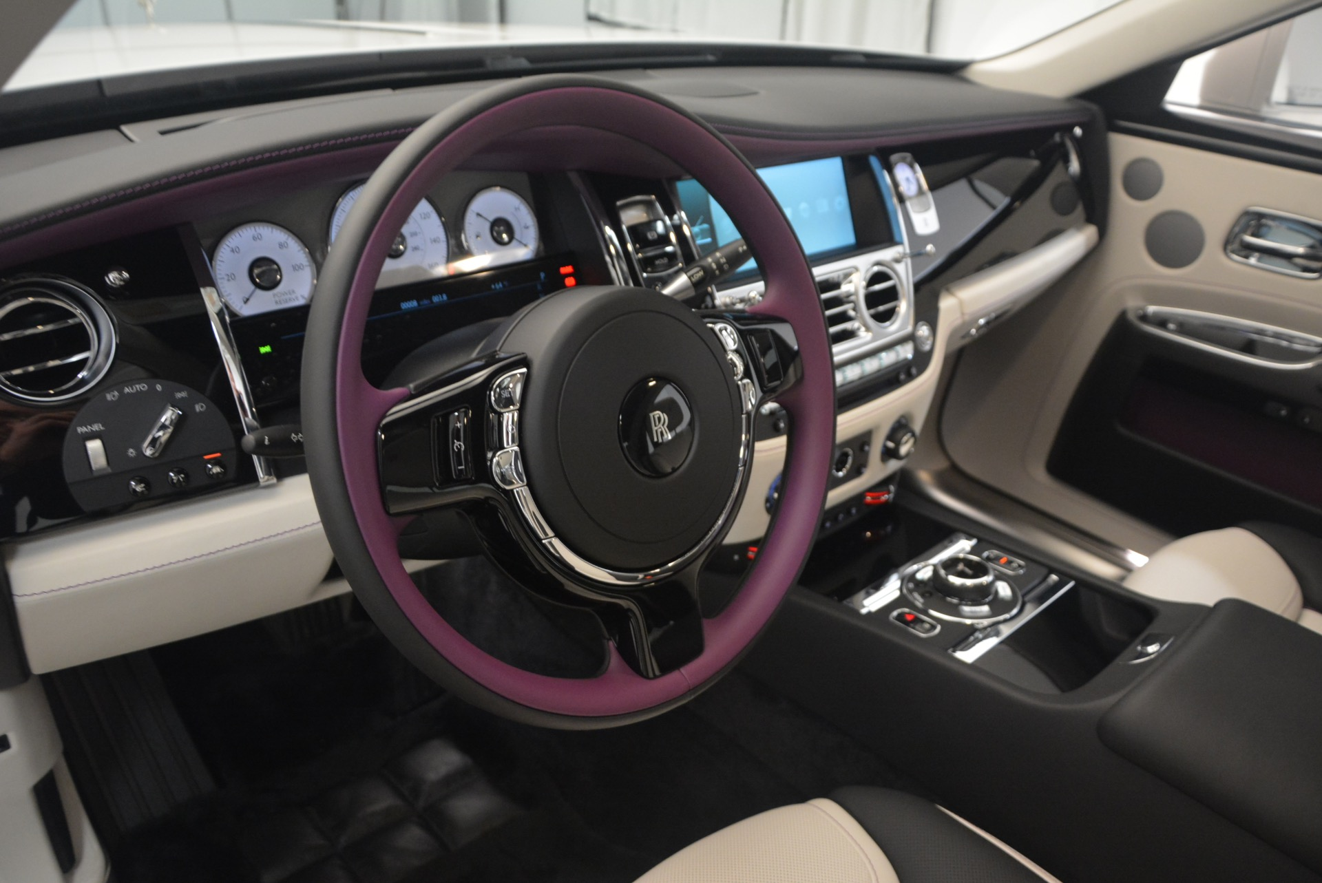 Used 2017 Rolls-Royce Ghost  For Sale In Greenwich, CT 971_p22