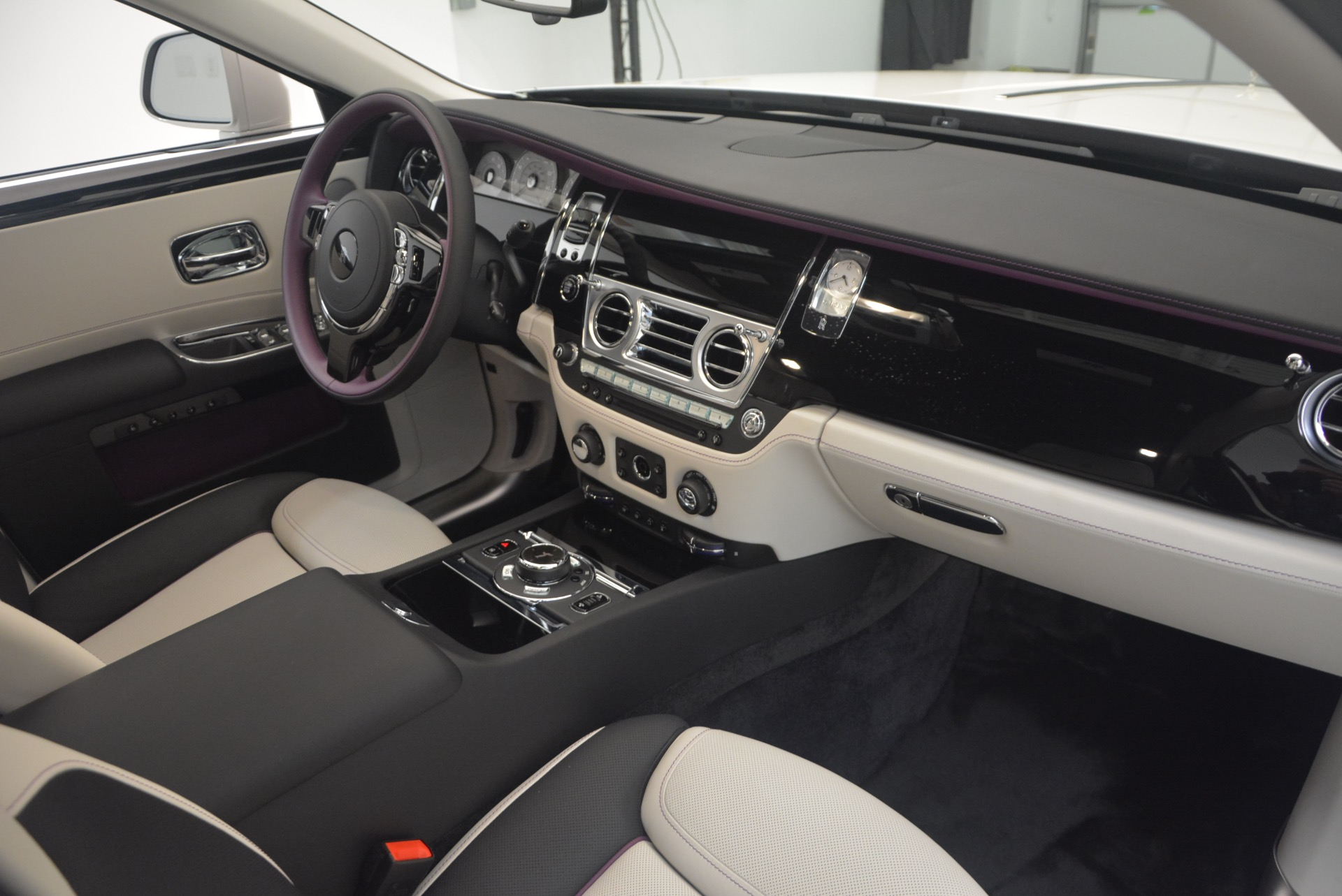 Used 2017 Rolls-Royce Ghost  For Sale In Greenwich, CT 971_p41