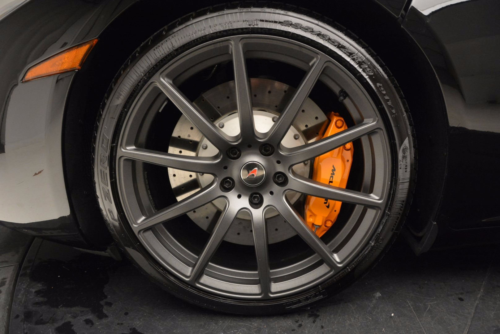 Used 2013 McLaren 12C Spider  For Sale In Greenwich, CT 973_p23