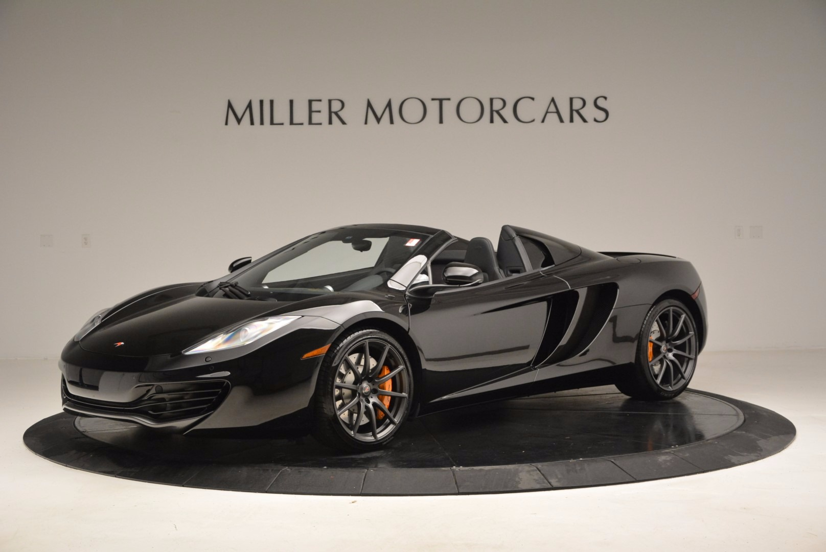 Used 2013 McLaren 12C Spider  For Sale In Greenwich, CT 973_p2