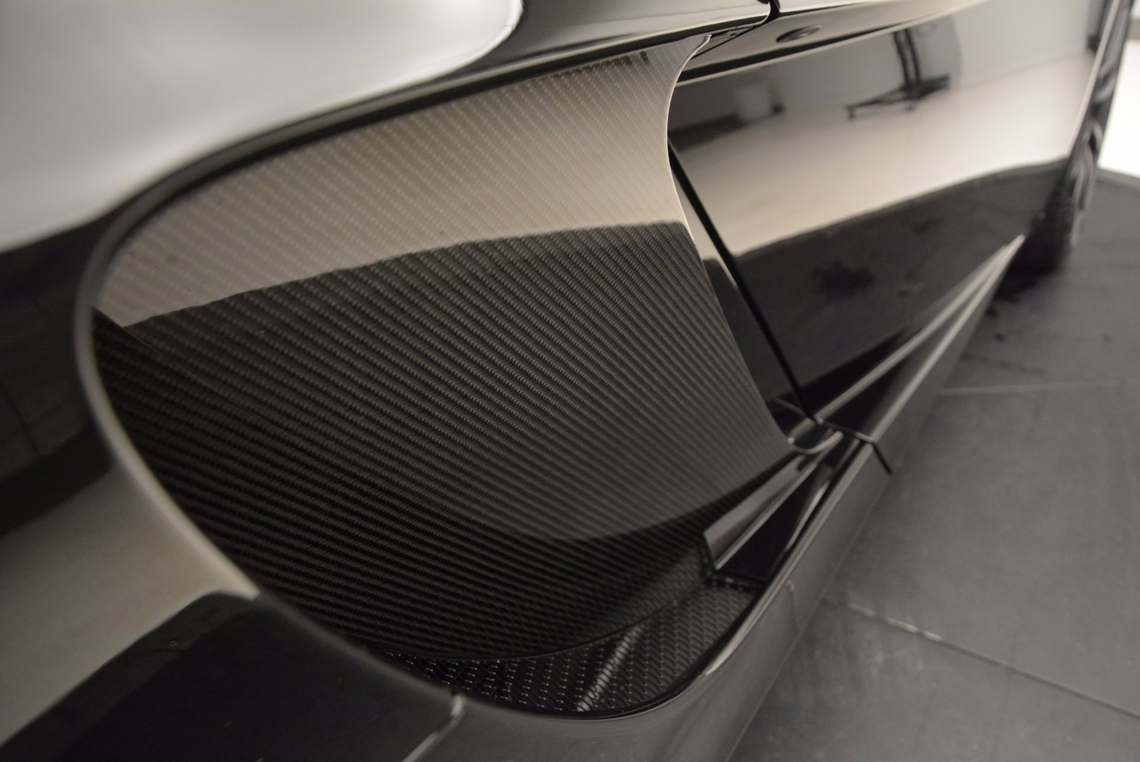 Used 2013 McLaren 12C Spider  For Sale In Greenwich, CT 973_p32