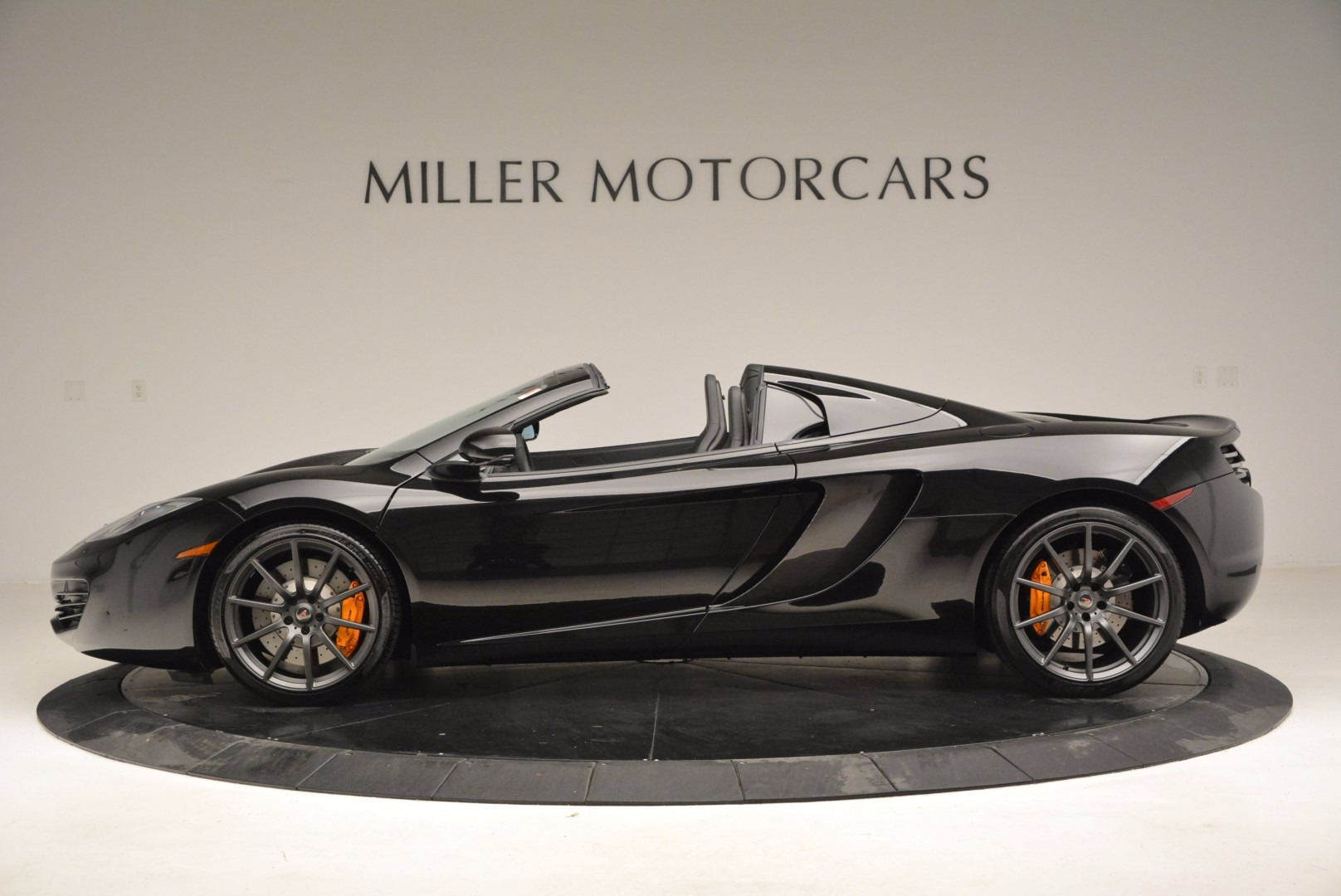 Used 2013 McLaren 12C Spider  For Sale In Greenwich, CT 973_p3