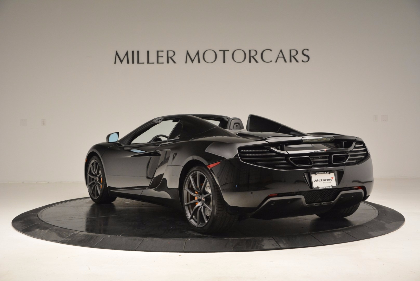 Used 2013 McLaren 12C Spider  For Sale In Greenwich, CT 973_p5