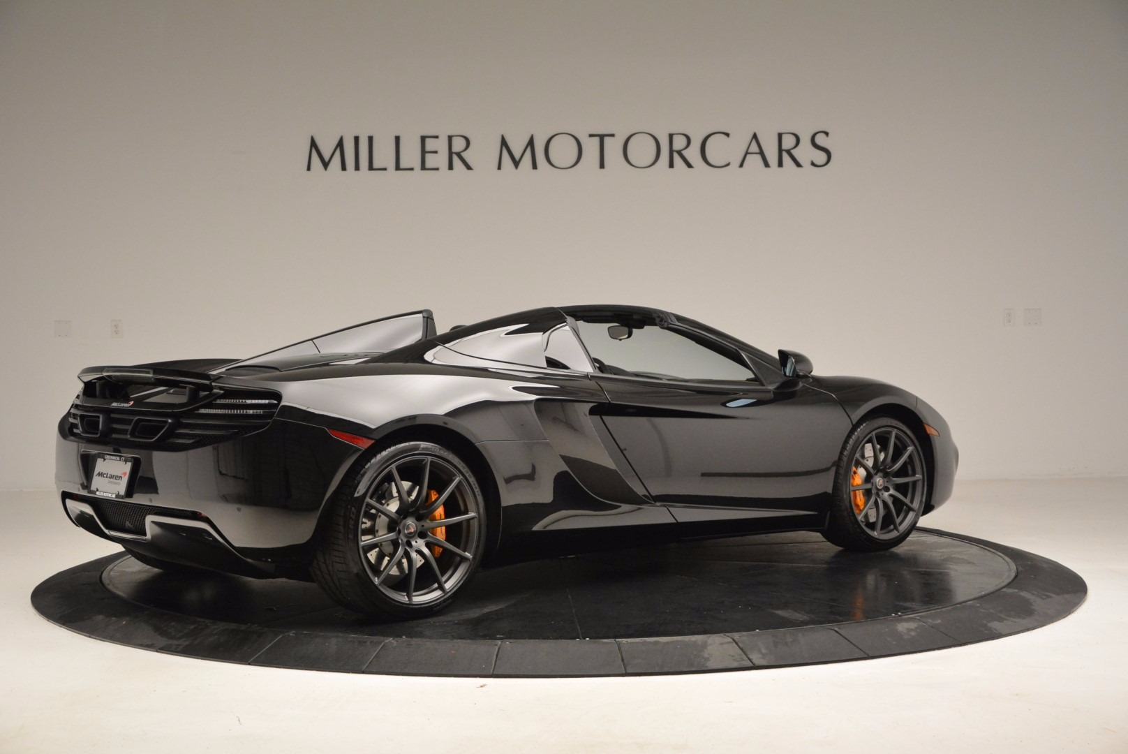 Used 2013 McLaren 12C Spider  For Sale In Greenwich, CT 973_p8