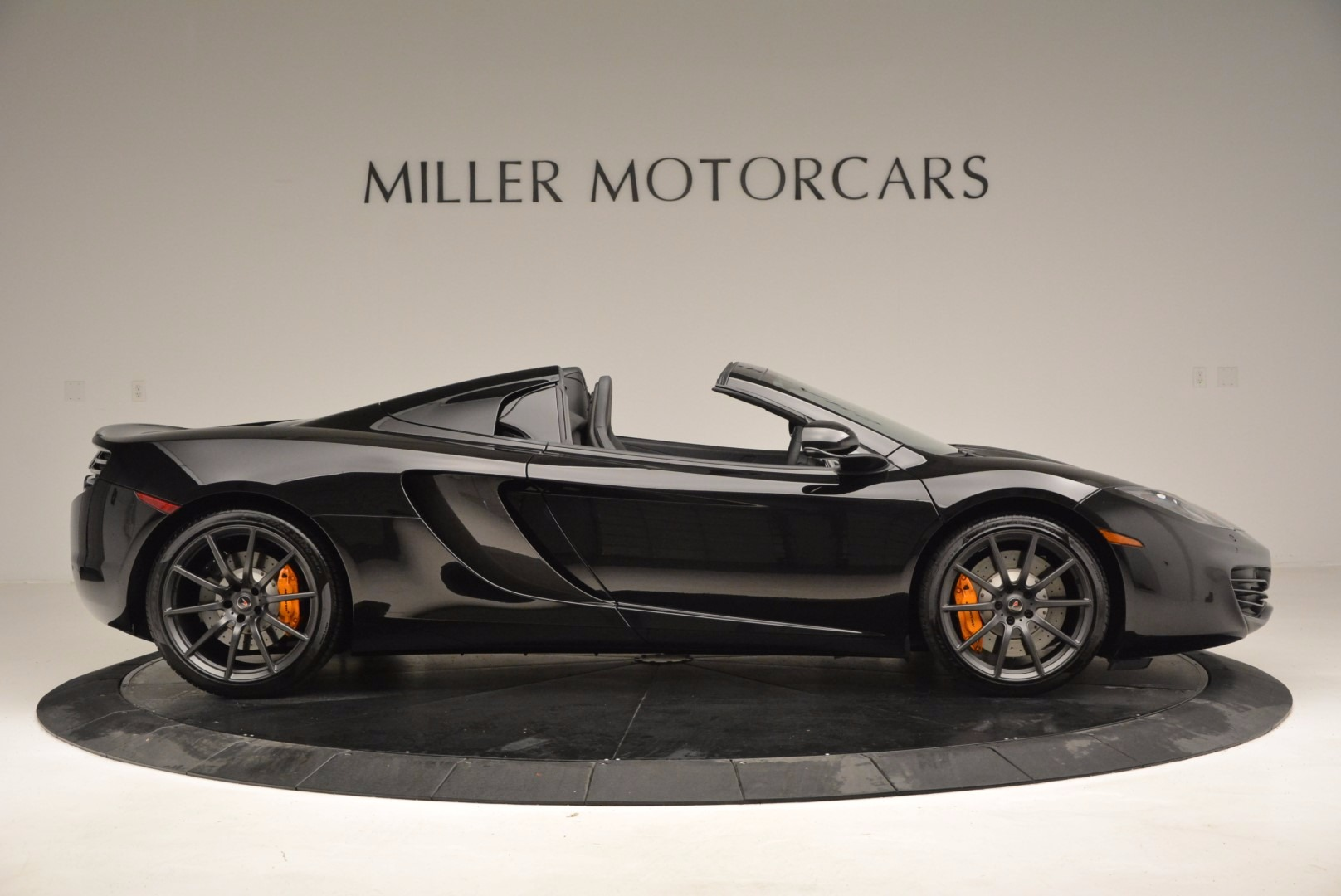 Used 2013 McLaren 12C Spider  For Sale In Greenwich, CT 973_p9