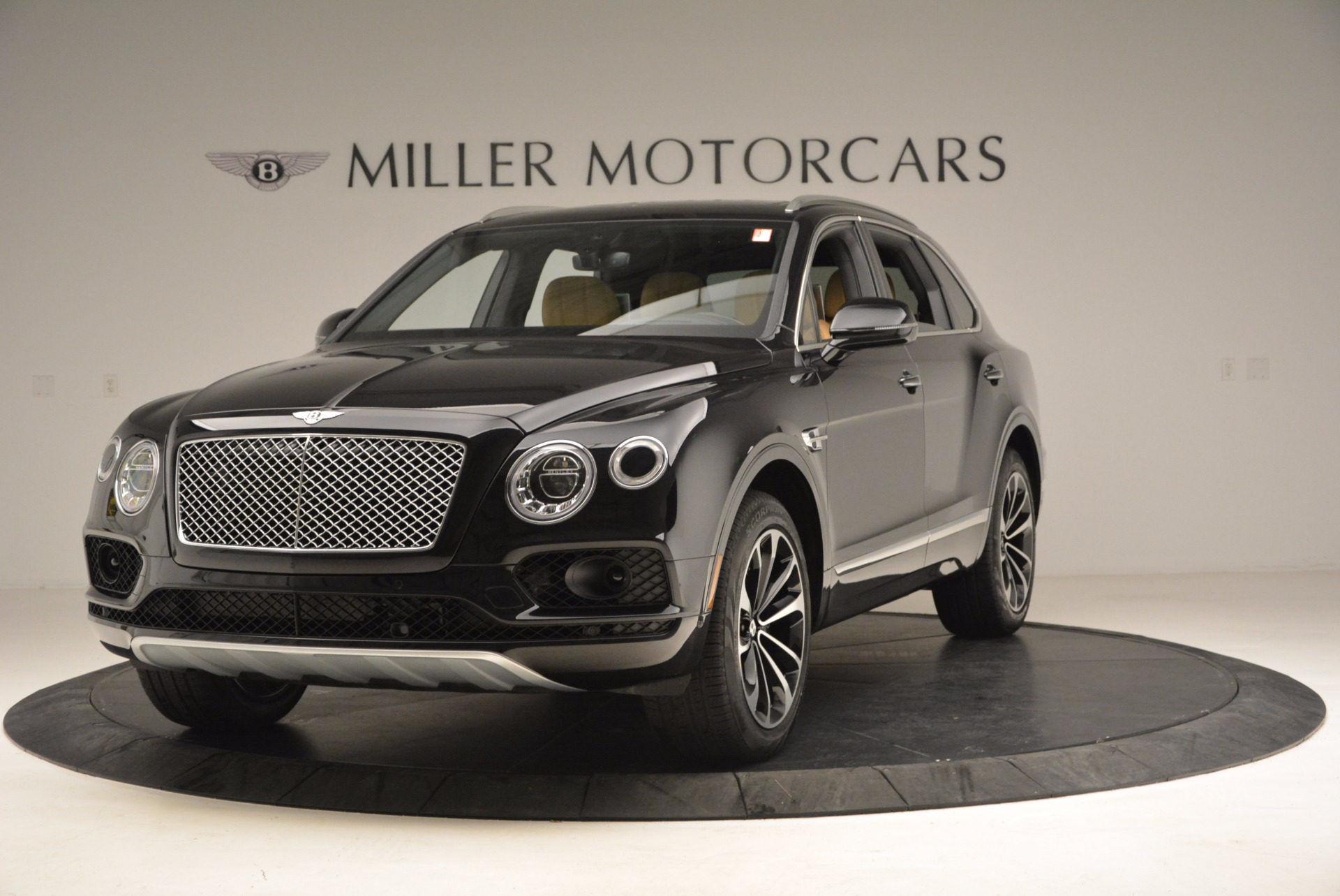 Used 2017 Bentley Bentayga  For Sale In Greenwich, CT 989_main