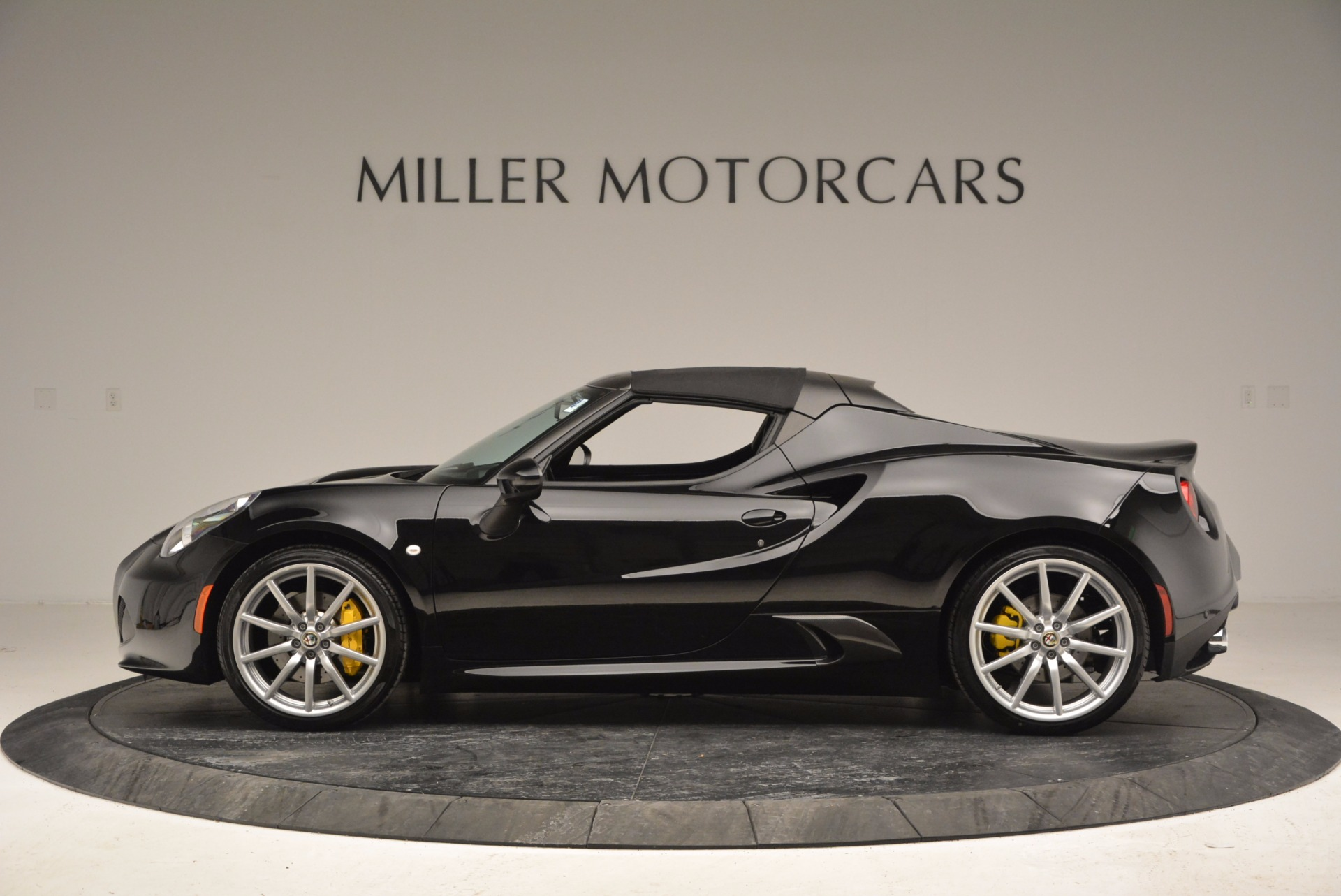 New 2016 Alfa Romeo 4C Spider For Sale In Greenwich, CT 993_p15