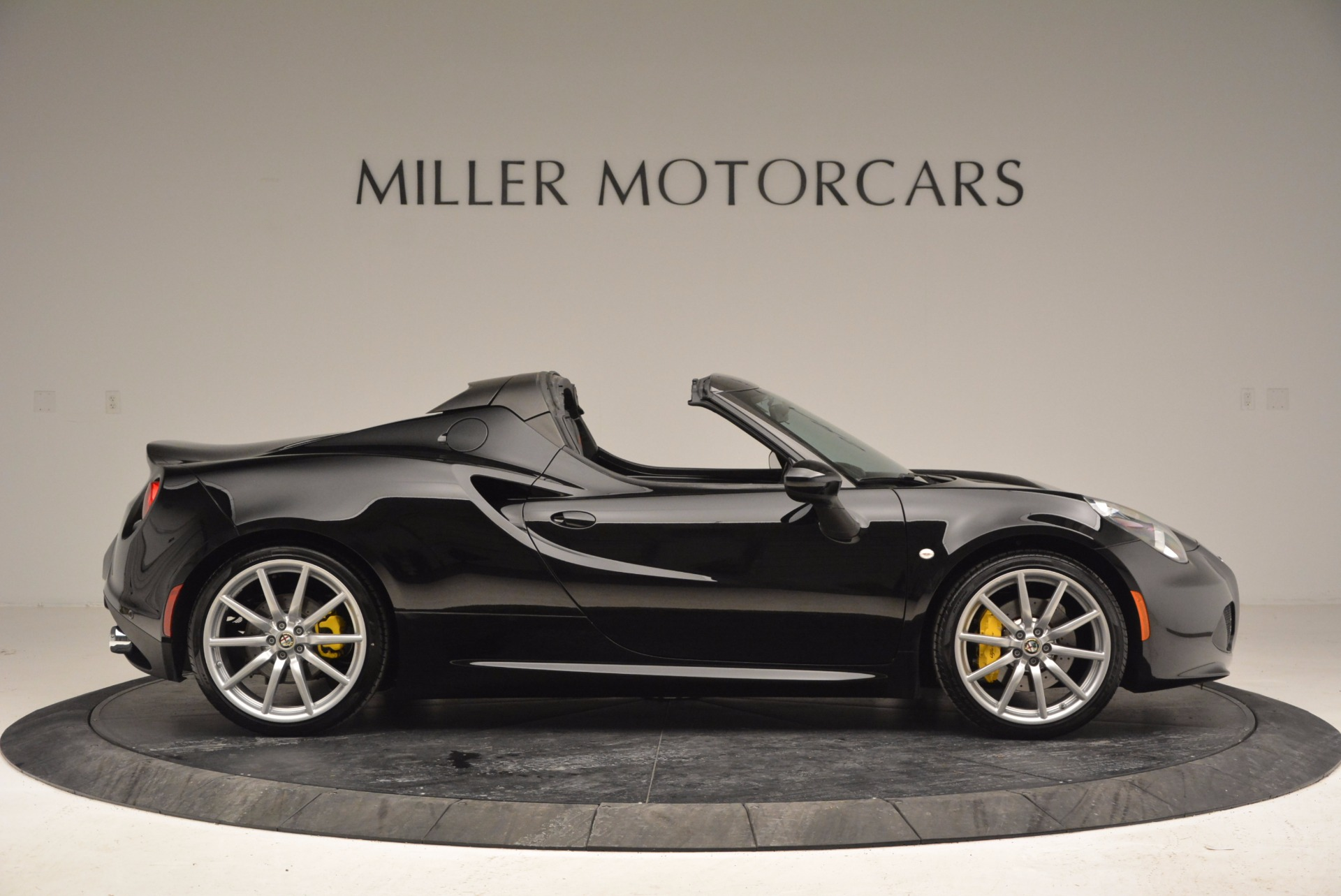 New 2016 Alfa Romeo 4C Spider For Sale In Greenwich, CT 993_p9