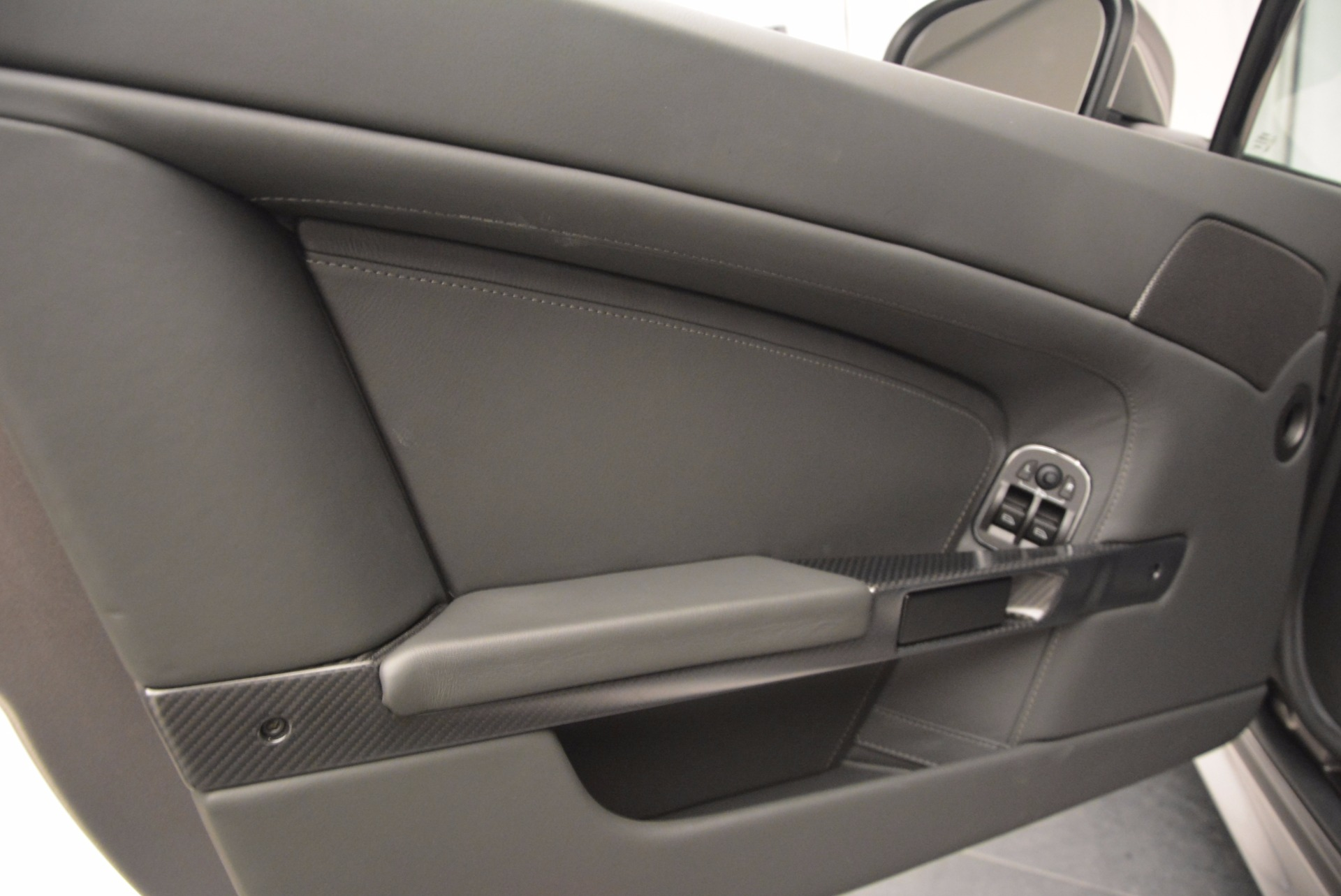 Used 2012 Aston Martin V12 Vantage  For Sale In Greenwich, CT 994_p15