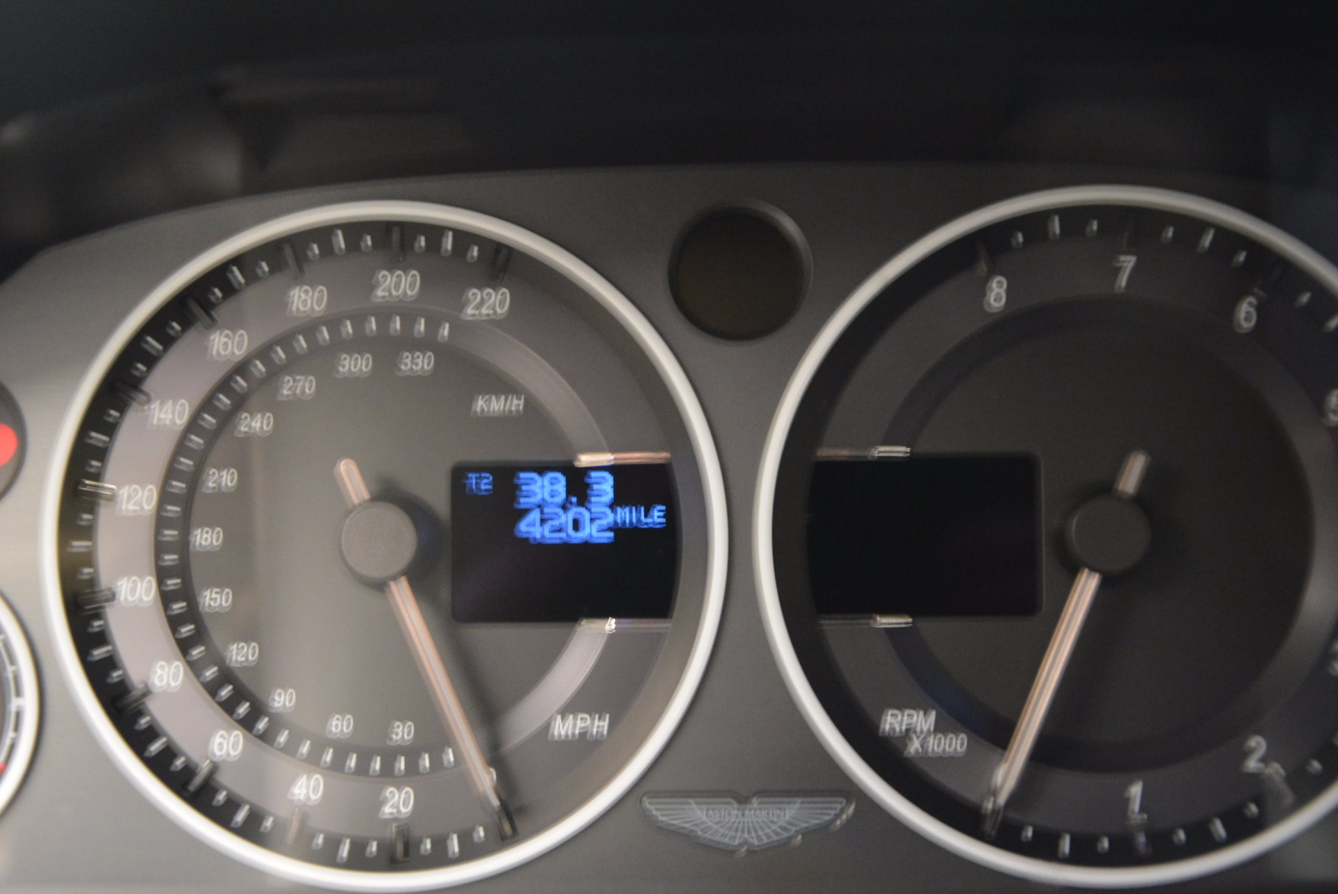 Used 2012 Aston Martin V12 Vantage  For Sale In Greenwich, CT 994_p18