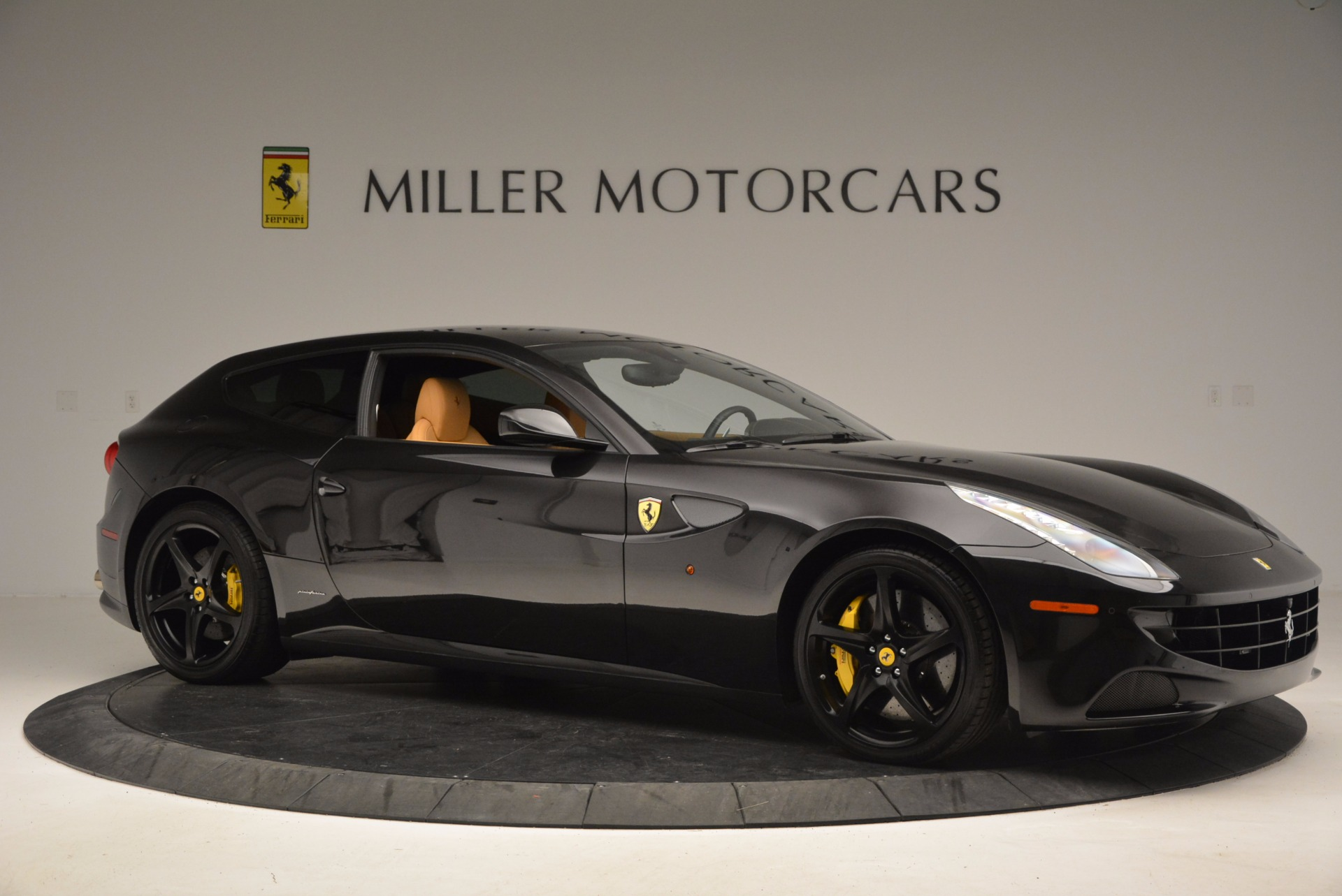 Used 2014 Ferrari FF  For Sale In Greenwich, CT 996_p10