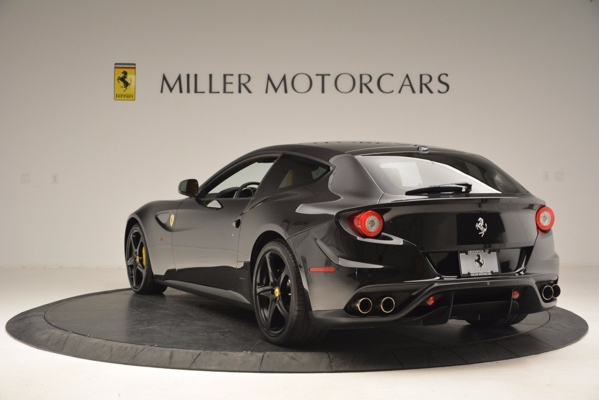 Used 2014 Ferrari FF  For Sale In Greenwich, CT 996_p5