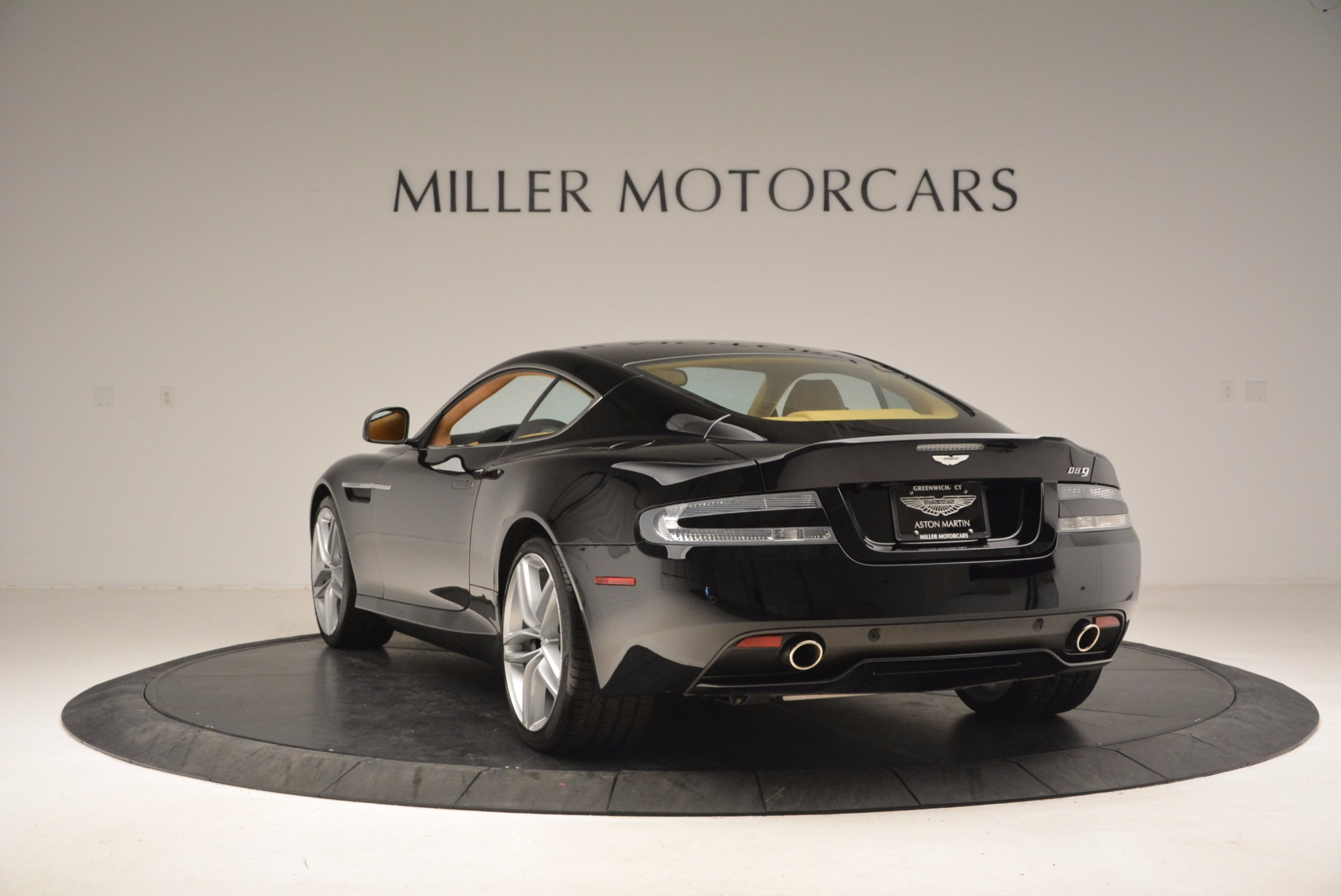 Used 2014 Aston Martin DB9  For Sale In Greenwich, CT 997_p5