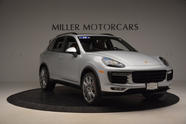 Used 2016 Porsche Cayenne Turbo for sale Sold at Maserati of Greenwich in Greenwich CT 06830 11