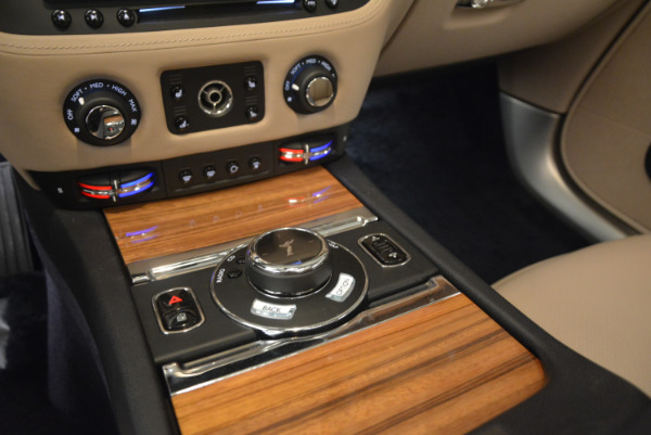 Used 2015 Rolls-Royce Wraith for sale $178,900 at Maserati of Greenwich in Greenwich CT 06830 21
