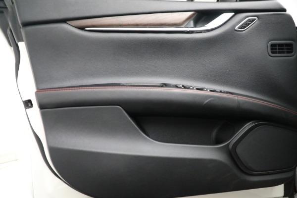 New 2017 Maserati Ghibli S Q4 EX-Loaner for sale Sold at Maserati of Greenwich in Greenwich CT 06830 17
