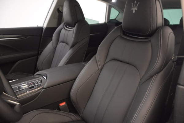 Used 2017 Maserati Levante for sale Sold at Maserati of Greenwich in Greenwich CT 06830 15