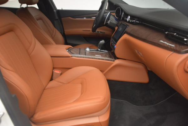 Used 2017 Maserati Quattroporte SQ4 for sale Sold at Maserati of Greenwich in Greenwich CT 06830 23